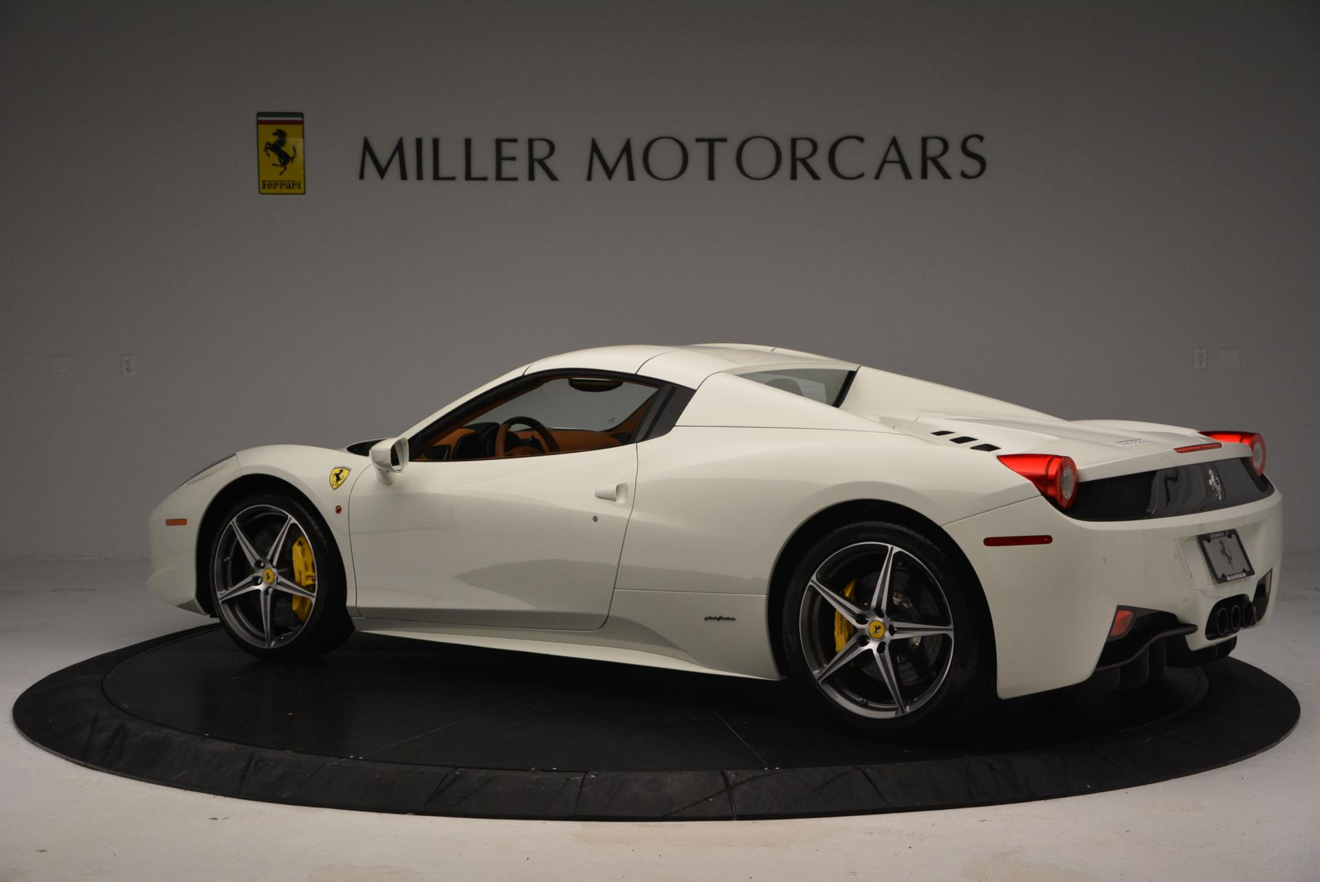 Used 2012 Ferrari 458 Spider  For Sale In Greenwich, CT 133_p16