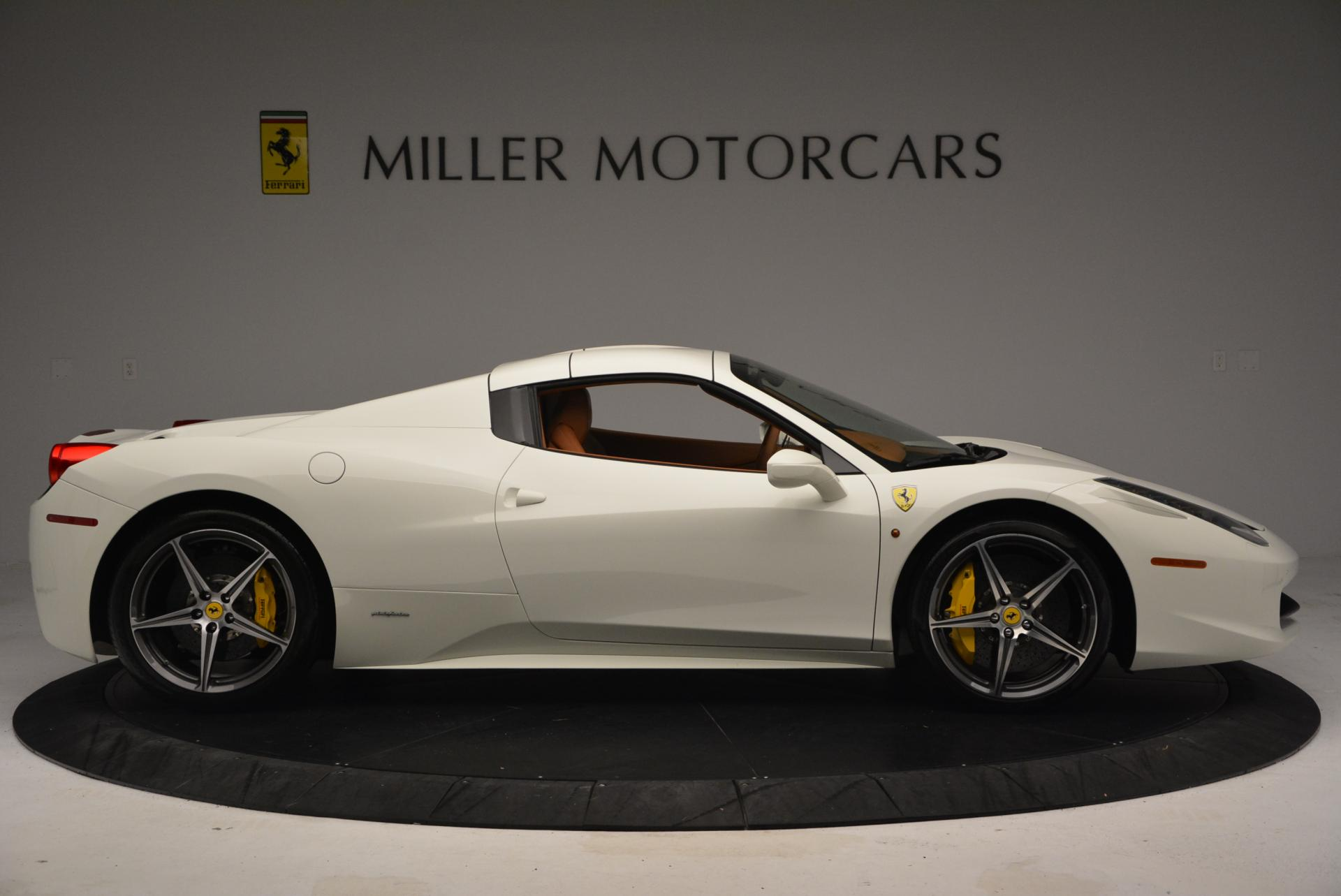 Used 2012 Ferrari 458 Spider  For Sale In Greenwich, CT 133_p21