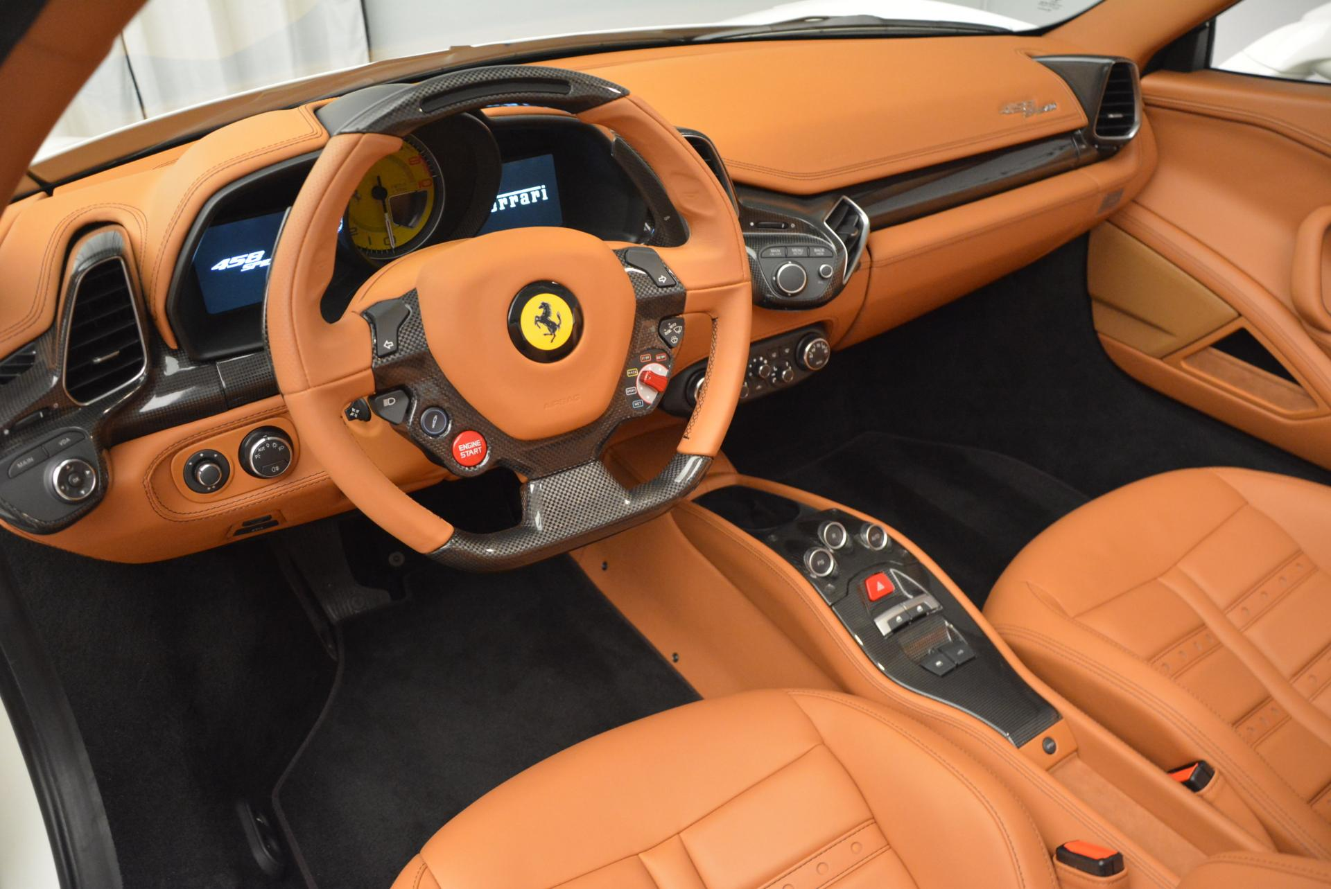 Used 2012 Ferrari 458 Spider  For Sale In Greenwich, CT 133_p25