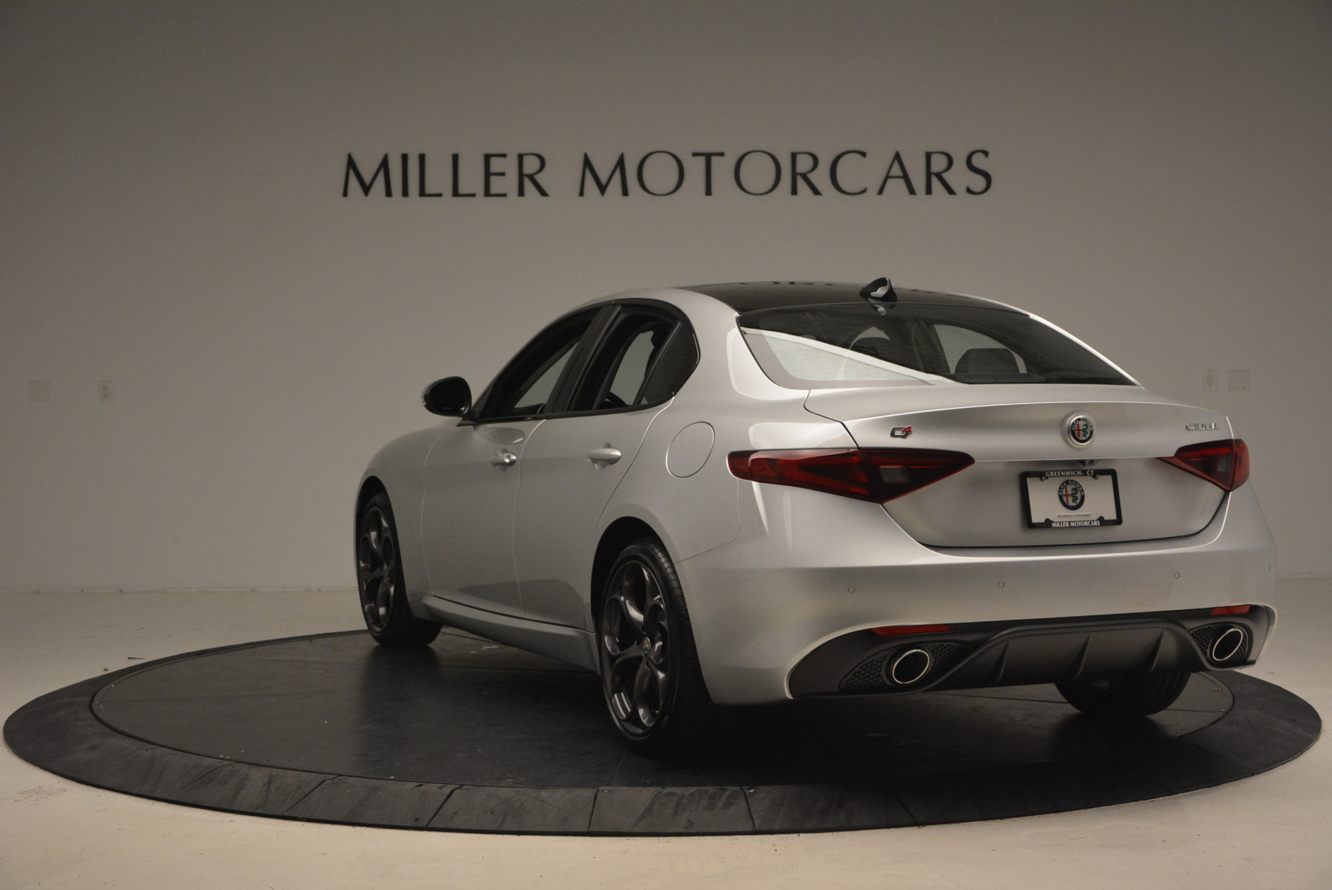 New 2017 Alfa Romeo Giulia Ti Q4 For Sale In Greenwich, CT 1332_p5