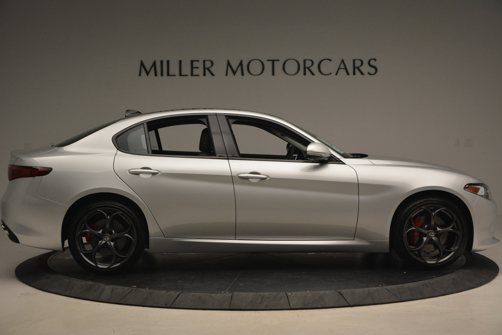 New 2017 Alfa Romeo Giulia Ti Q4 For Sale In Greenwich, CT 1332_p9
