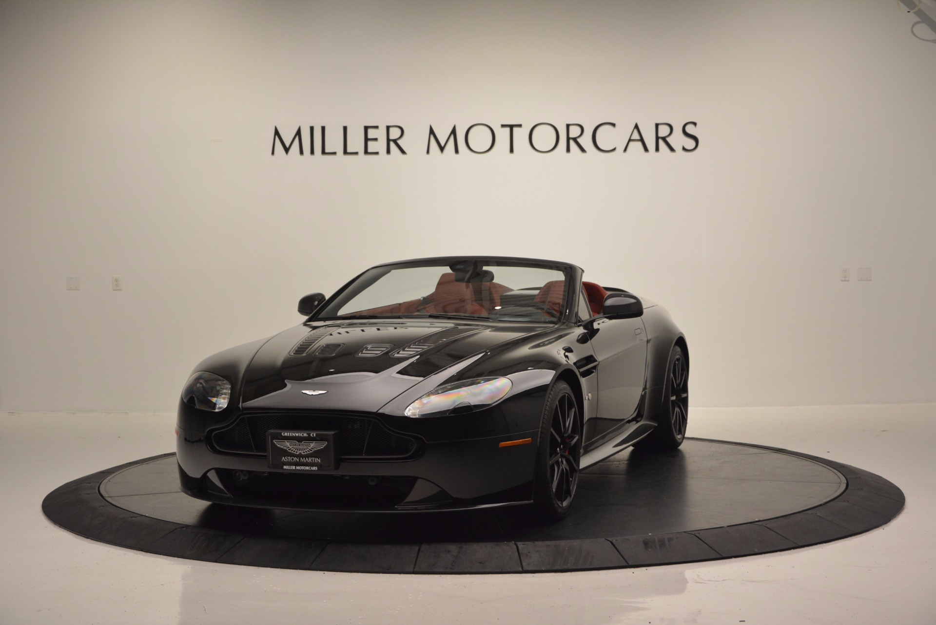 Used 2015 Aston Martin V12 Vantage S Roadster For Sale In Greenwich, CT 1335_main