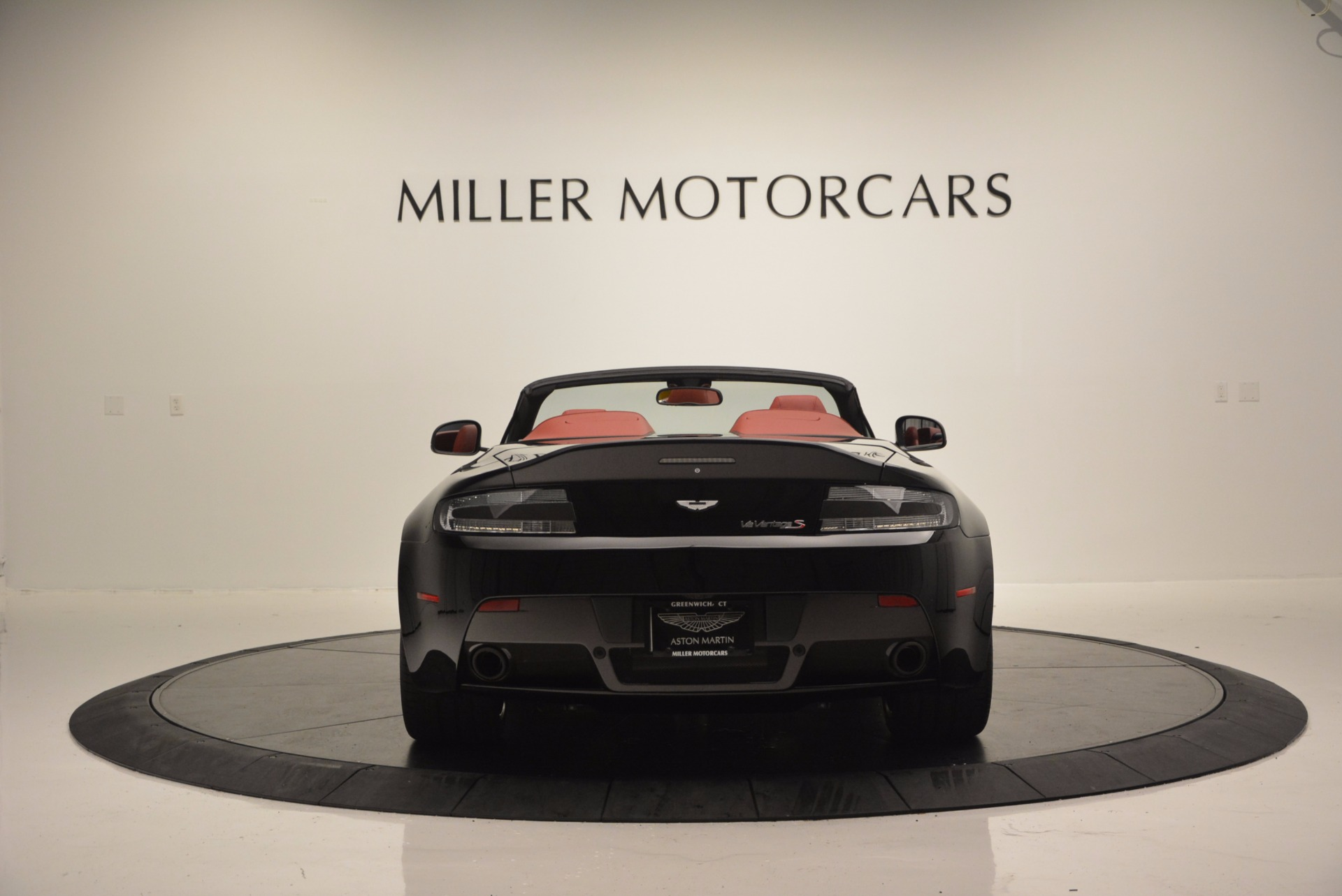 Used 2015 Aston Martin V12 Vantage S Roadster For Sale In Greenwich, CT 1335_p6