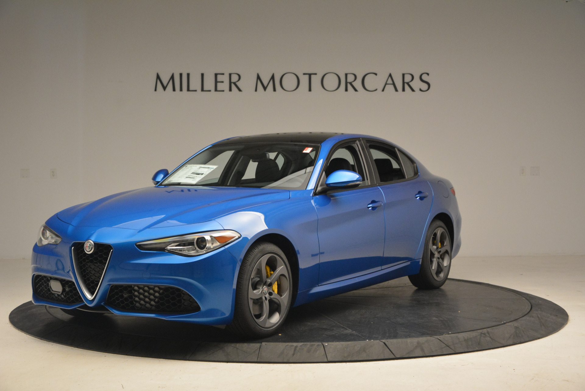 New 2017 Alfa Romeo Giulia Q4 For Sale In Greenwich, CT 1338_main