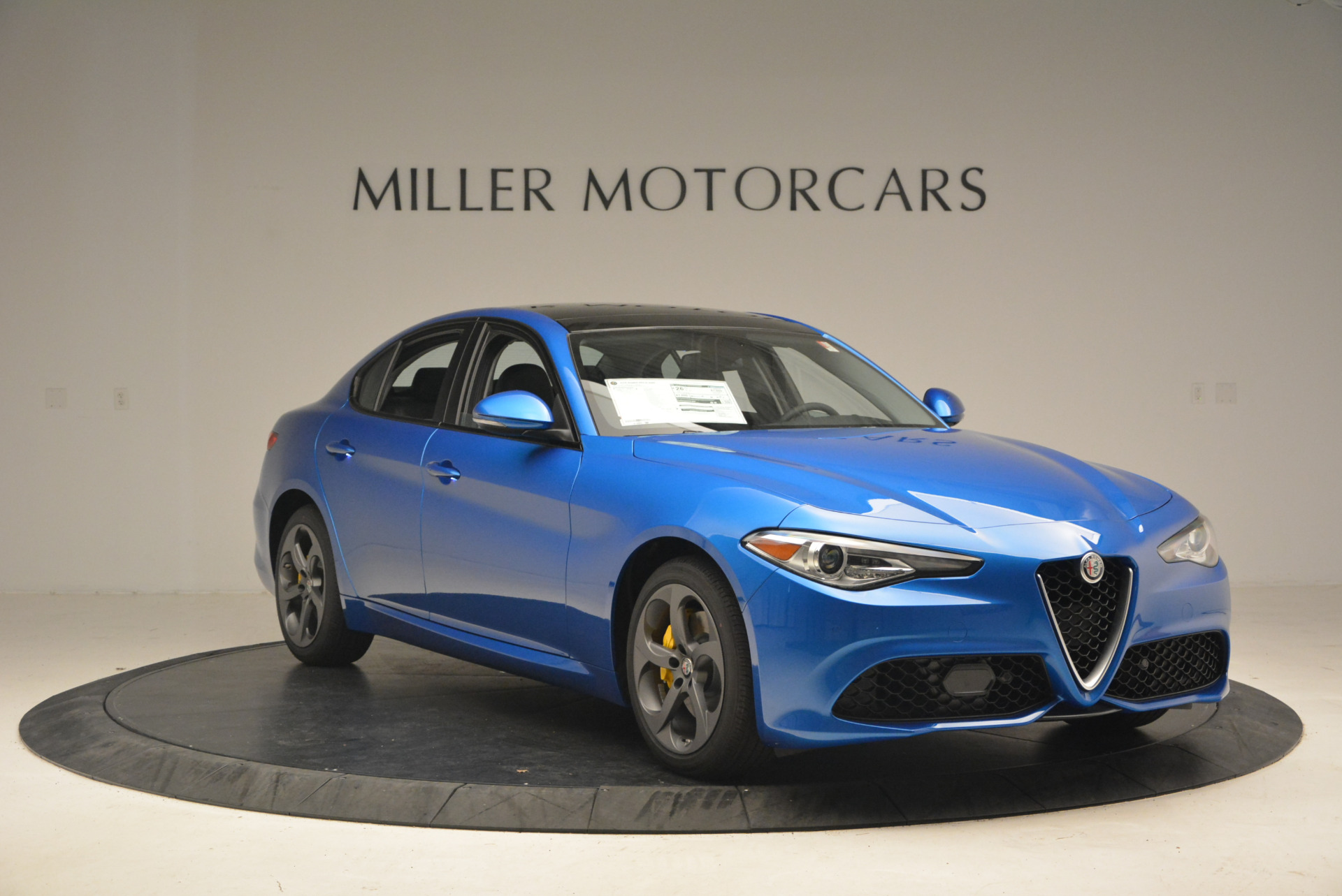 New 2017 Alfa Romeo Giulia Q4 For Sale In Greenwich, CT 1338_p11