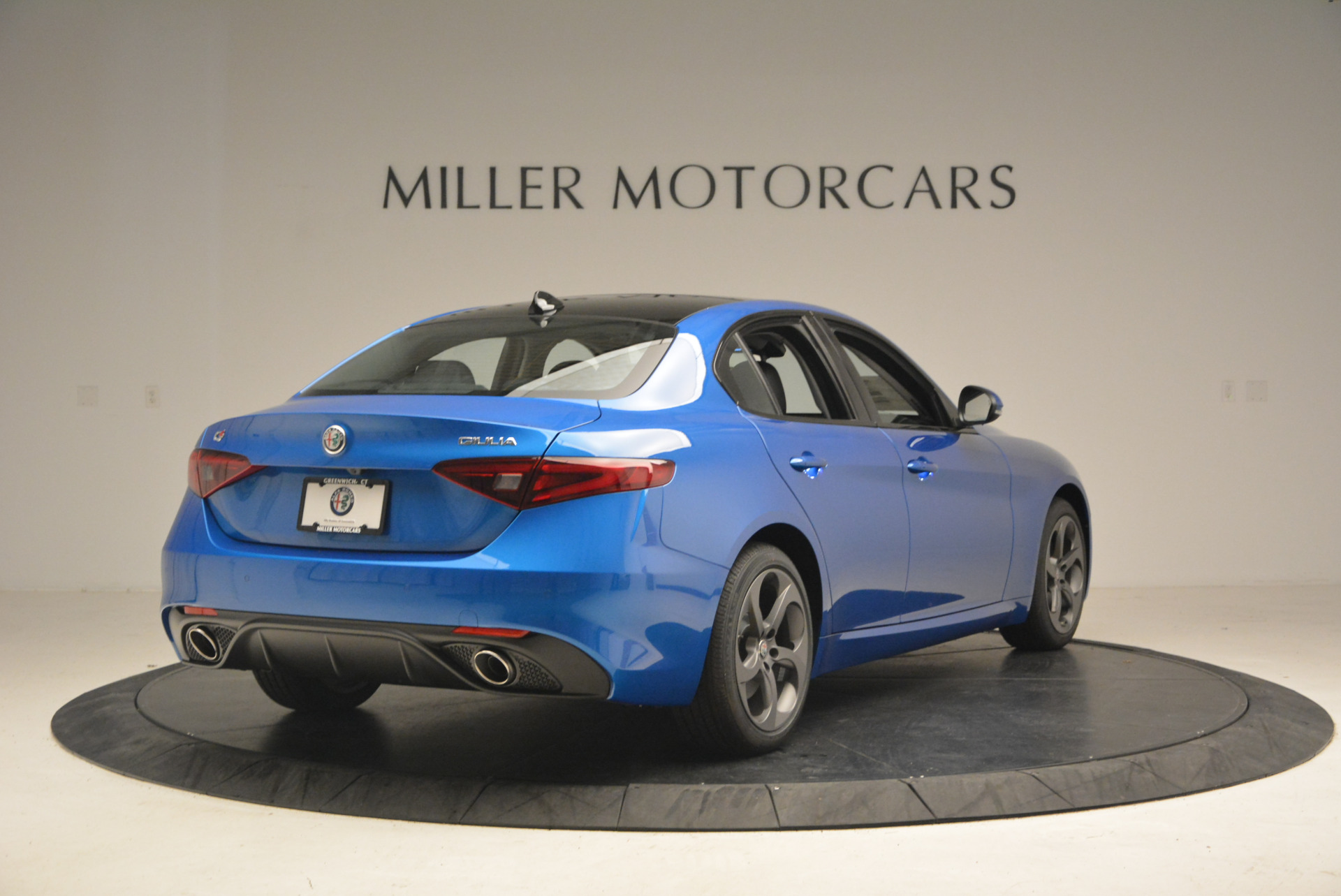 New 2017 Alfa Romeo Giulia Q4 For Sale In Greenwich, CT 1338_p7