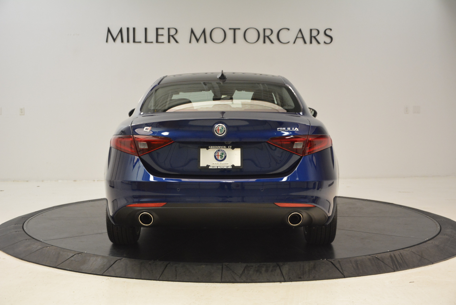 New 2017 Alfa Romeo Giulia Q4 For Sale In Greenwich, CT 1339_p6