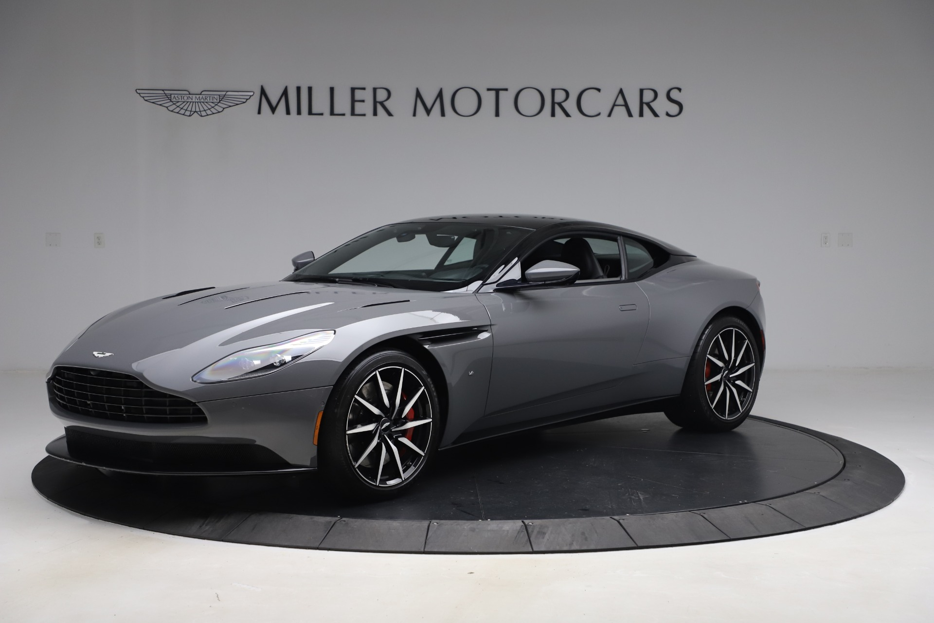 New 2017 Aston Martin DB11  For Sale In Greenwich, CT 1340_main