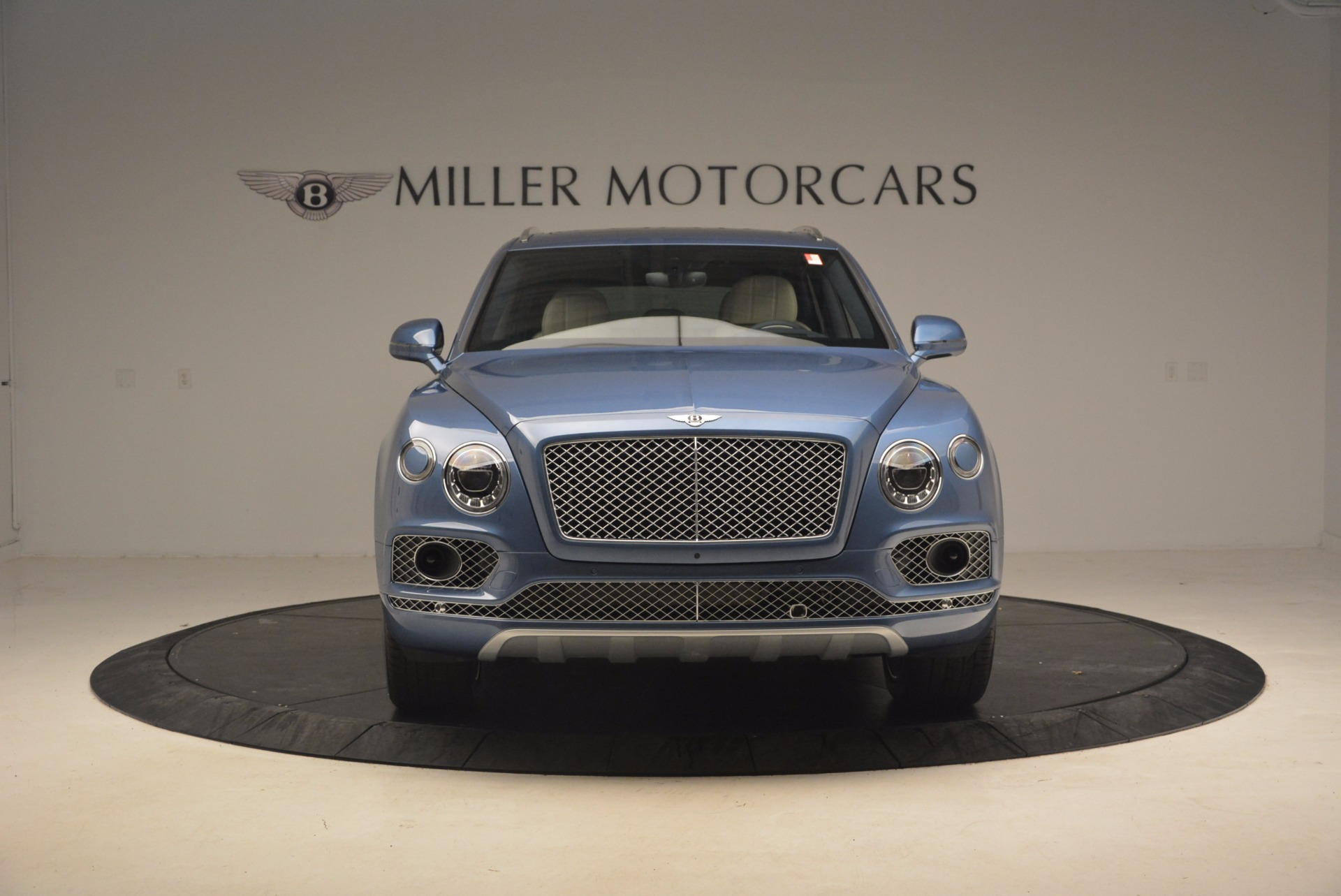 New 2018 Bentley Bentayga  For Sale In Greenwich, CT 1342_p12