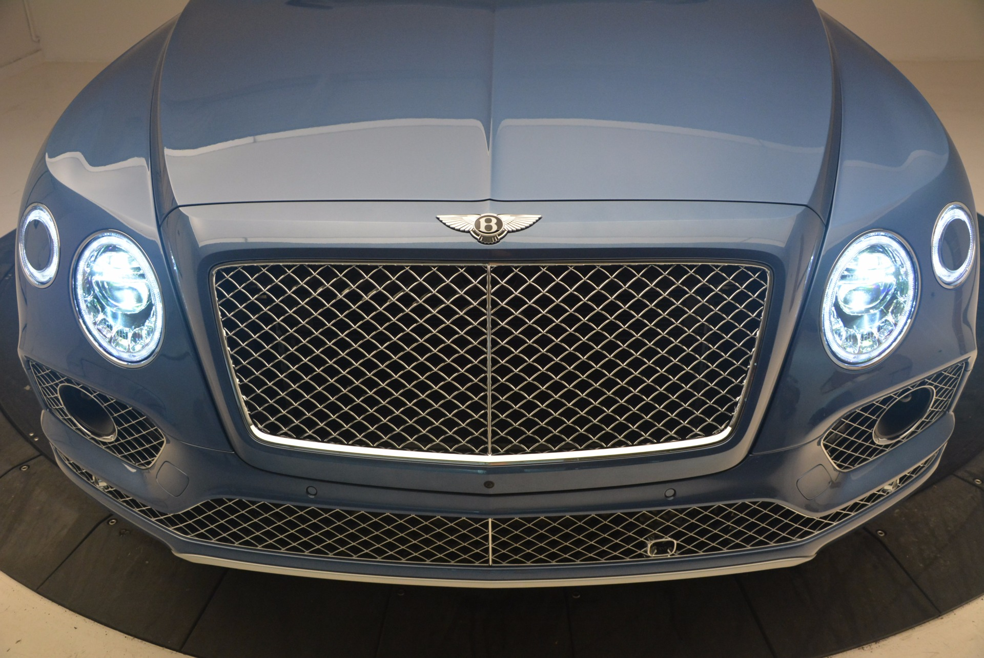 New 2018 Bentley Bentayga  For Sale In Greenwich, CT 1342_p14