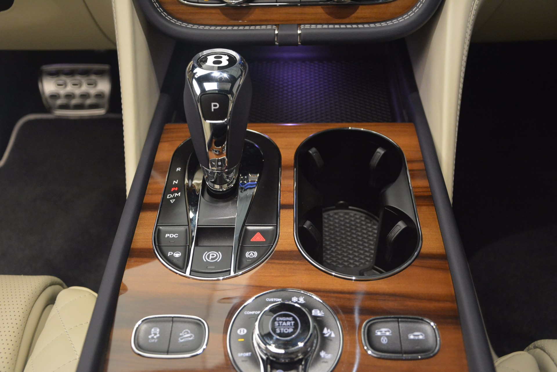New 2018 Bentley Bentayga  For Sale In Greenwich, CT 1342_p31