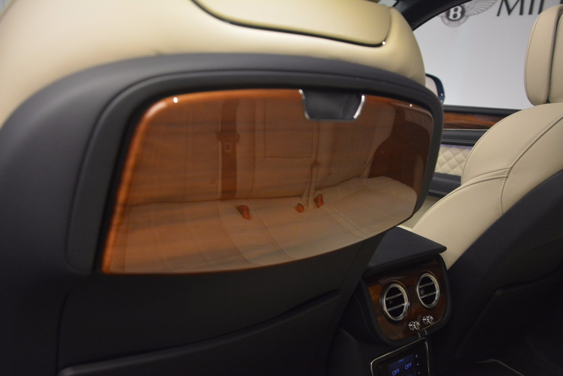 New 2018 Bentley Bentayga  For Sale In Greenwich, CT 1342_p38