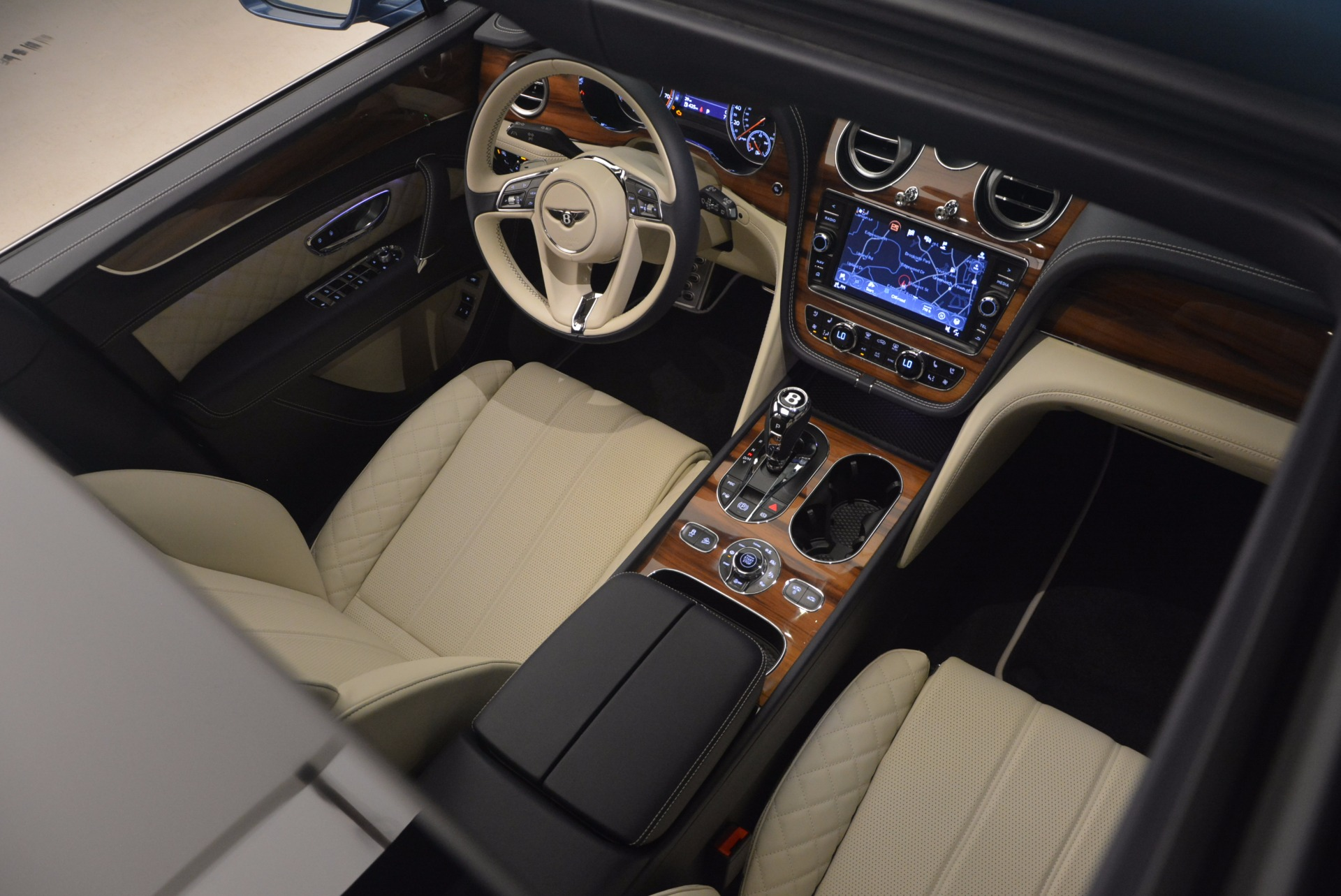 New 2018 Bentley Bentayga  For Sale In Greenwich, CT 1342_p41