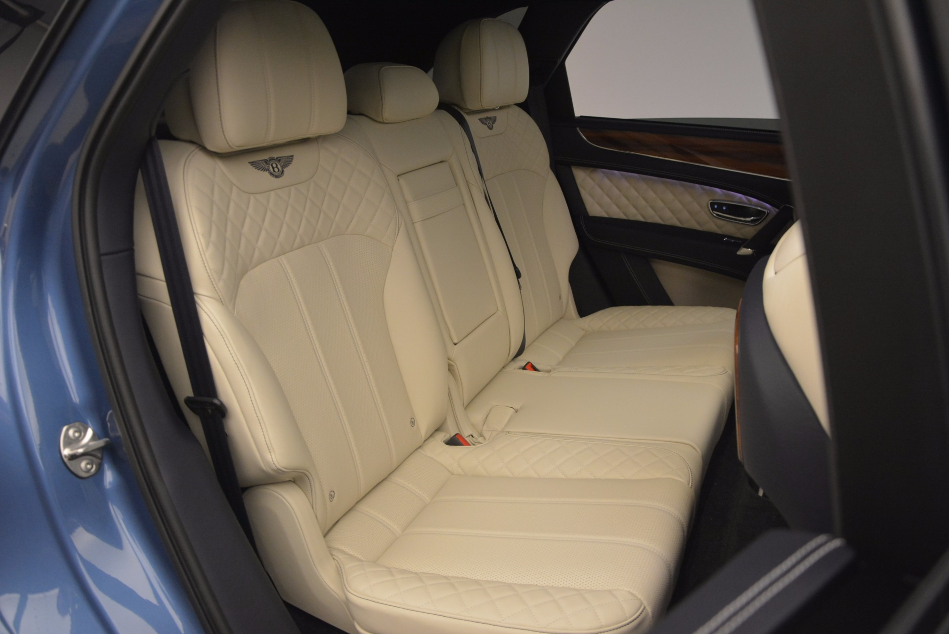 New 2018 Bentley Bentayga  For Sale In Greenwich, CT 1342_p49