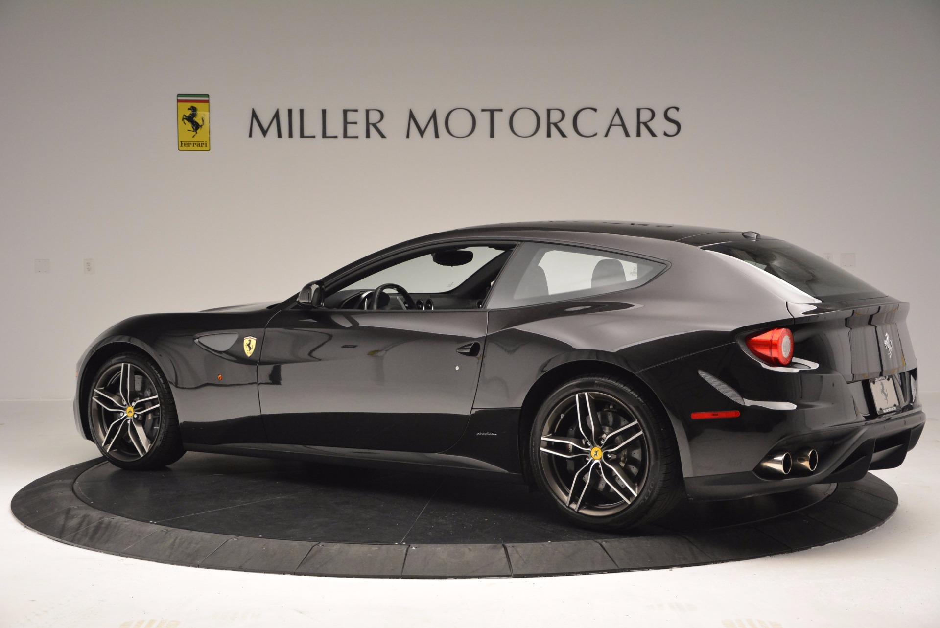 Used 2015 Ferrari FF  For Sale In Greenwich, CT 1343_p4
