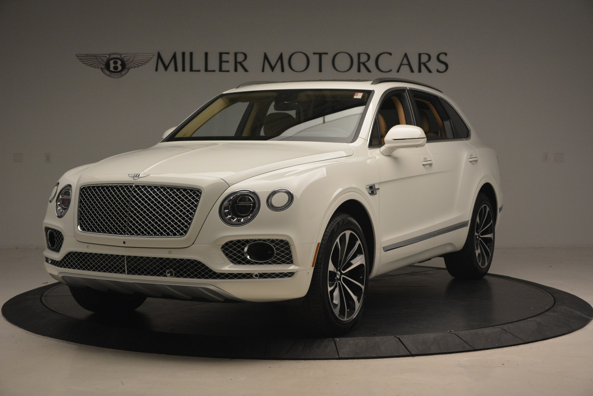 New 2018 Bentley Bentayga W12 Signature For Sale In Greenwich, CT