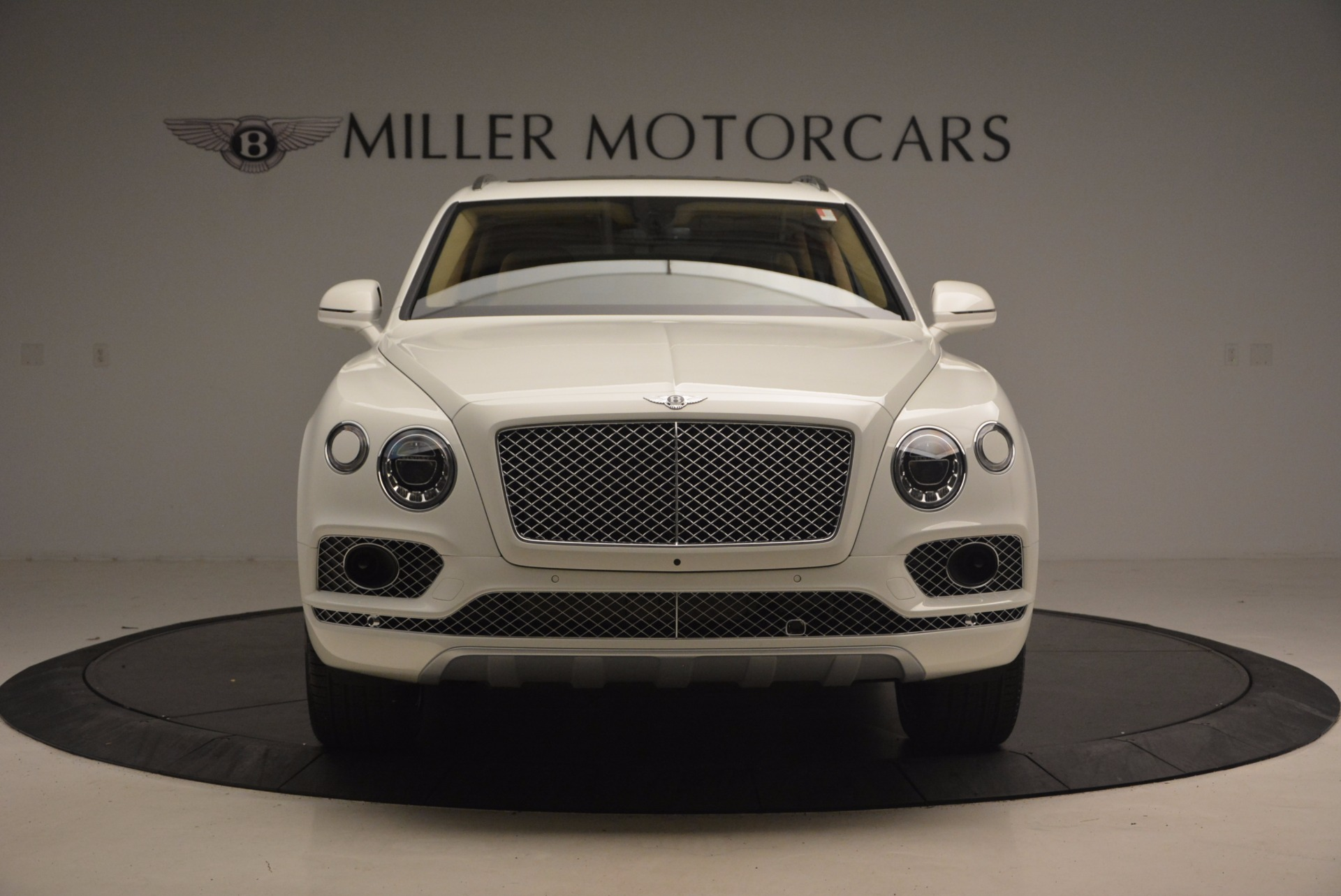 New 2018 Bentley Bentayga W12 Signature For Sale In Greenwich, CT 1358_p12