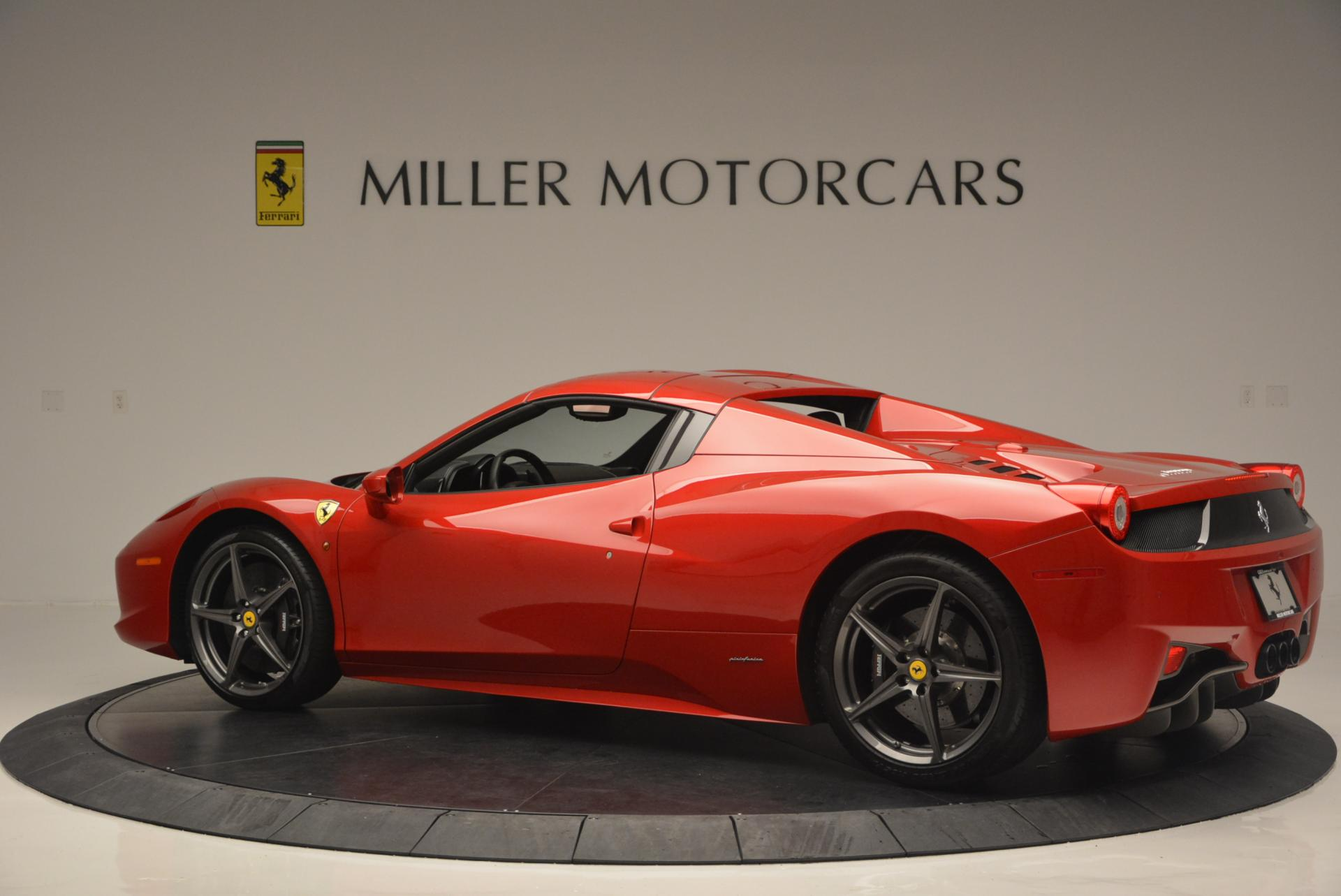 Used 2013 Ferrari 458 Spider  For Sale In Greenwich, CT 136_p16
