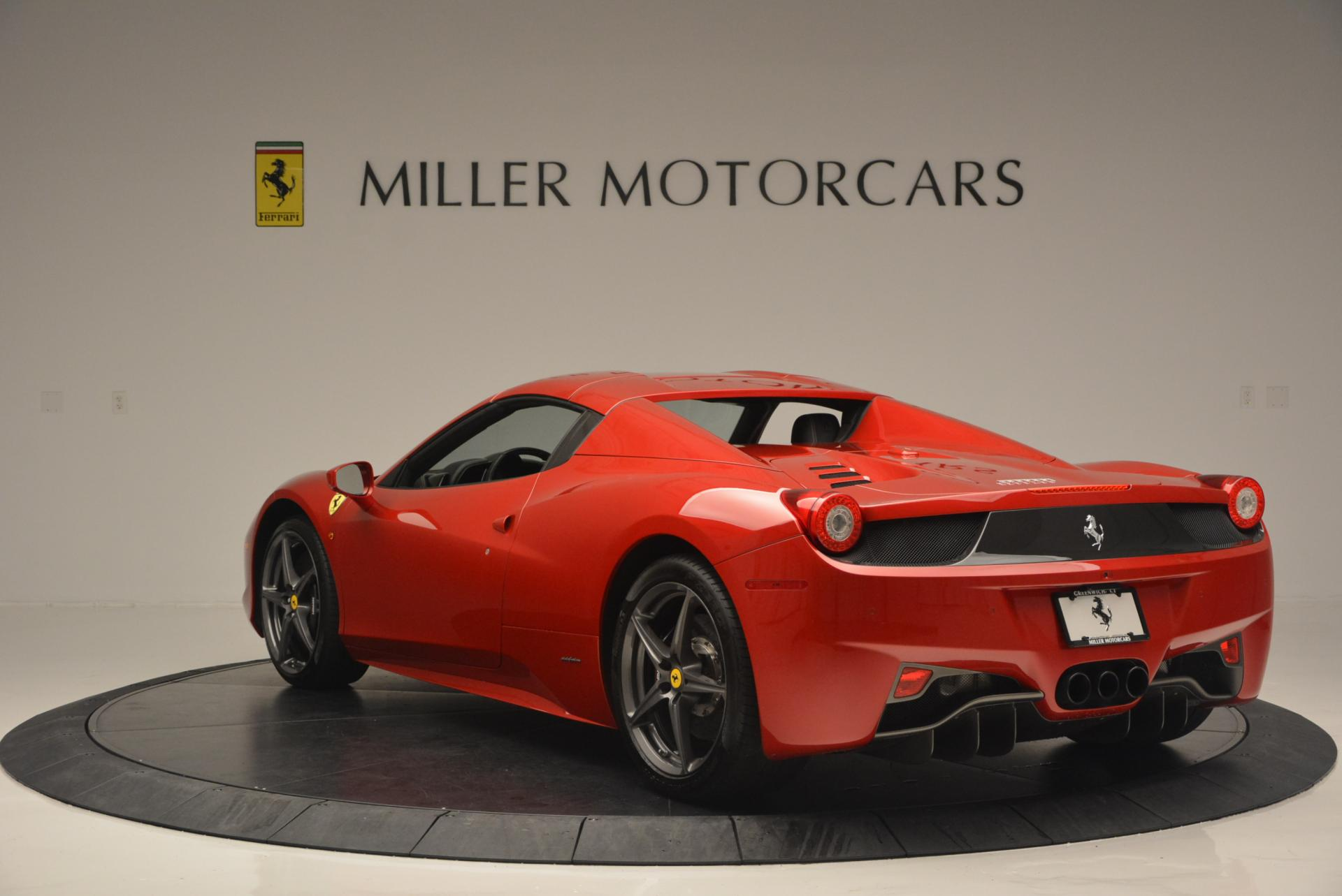 Used 2013 Ferrari 458 Spider  For Sale In Greenwich, CT 136_p17