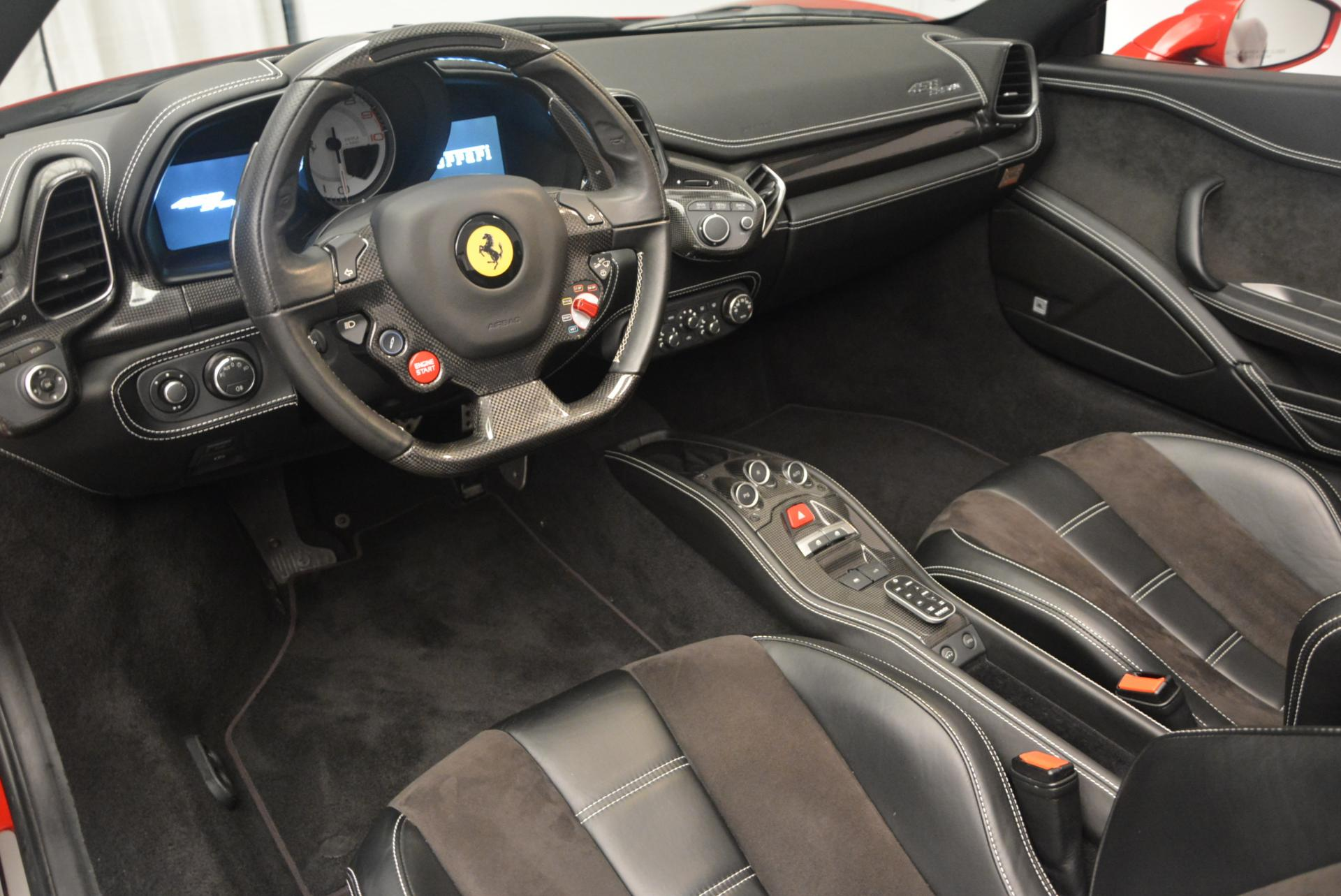 Used 2013 Ferrari 458 Spider  For Sale In Greenwich, CT 136_p25