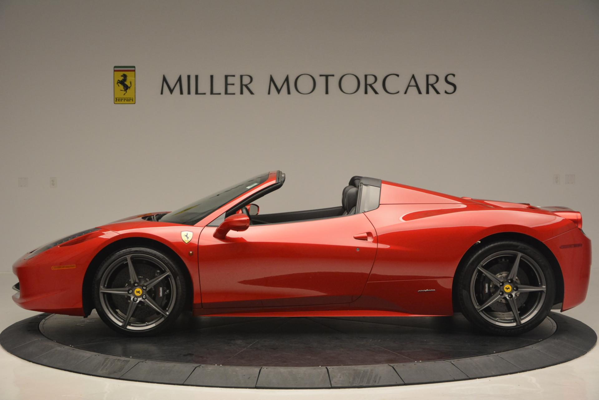 Used 2013 Ferrari 458 Spider  For Sale In Greenwich, CT 136_p3