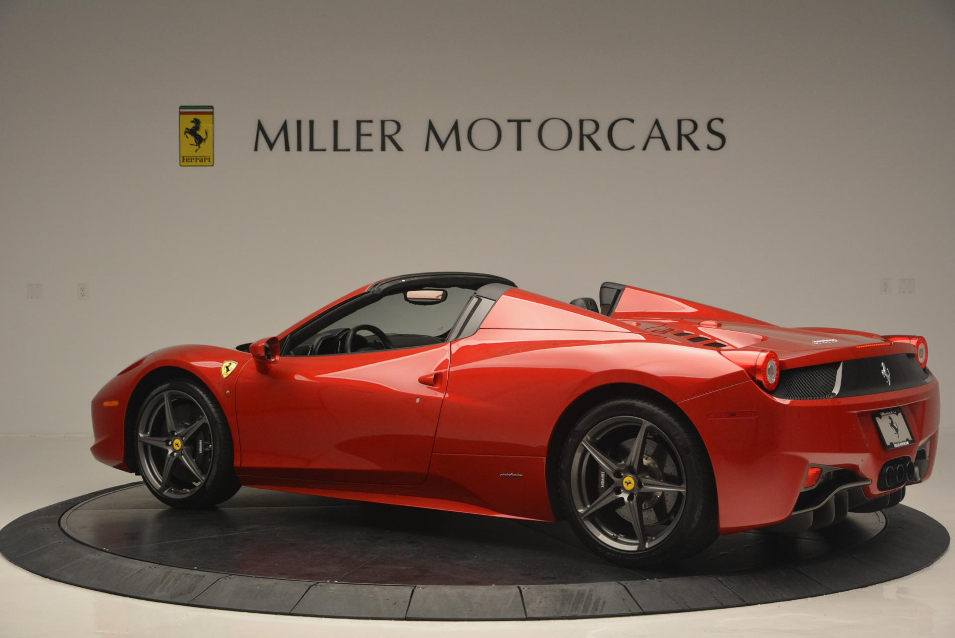 Used 2013 Ferrari 458 Spider  For Sale In Greenwich, CT 136_p4