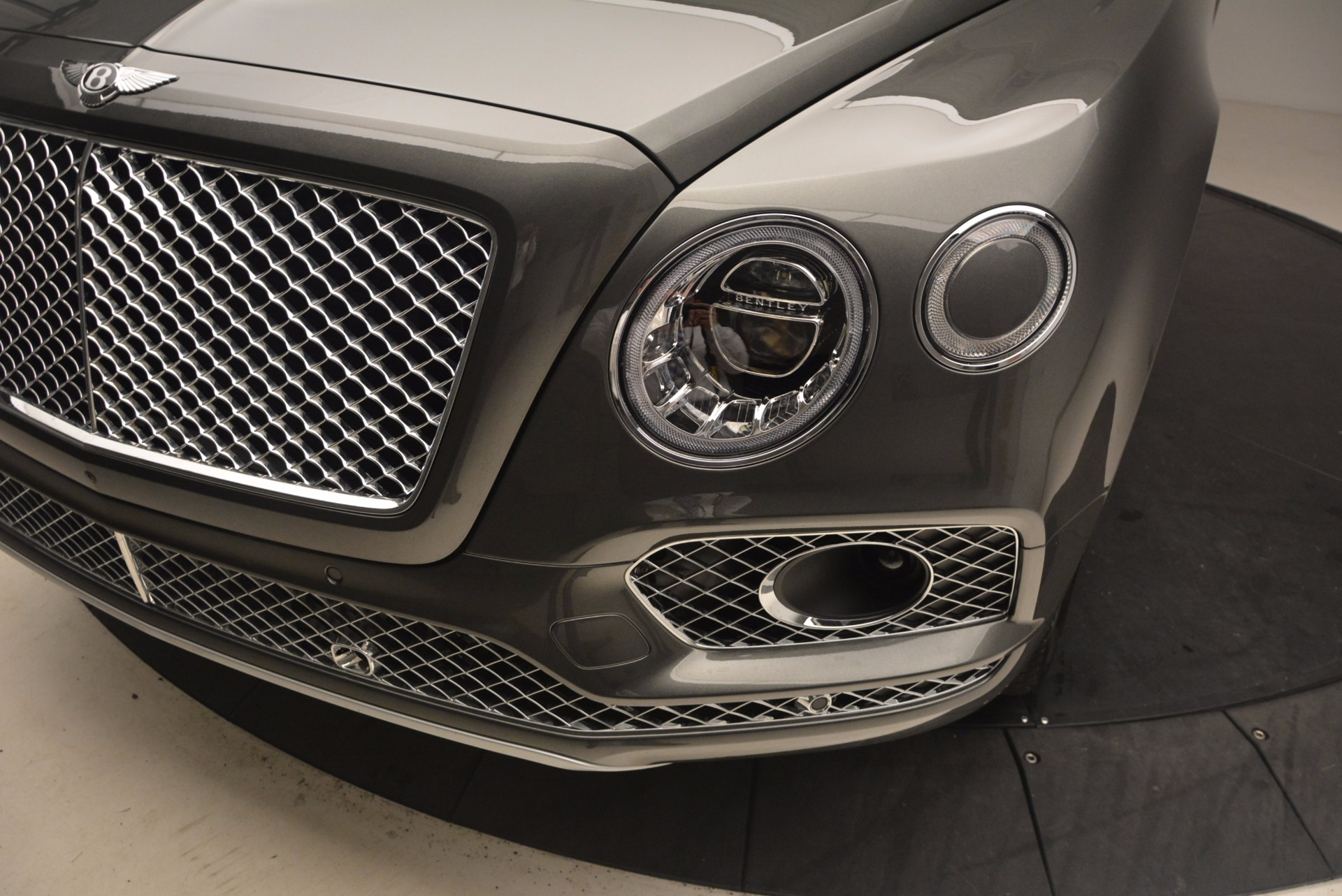 New 2018 Bentley Bentayga  For Sale In Greenwich, CT 1363_p14