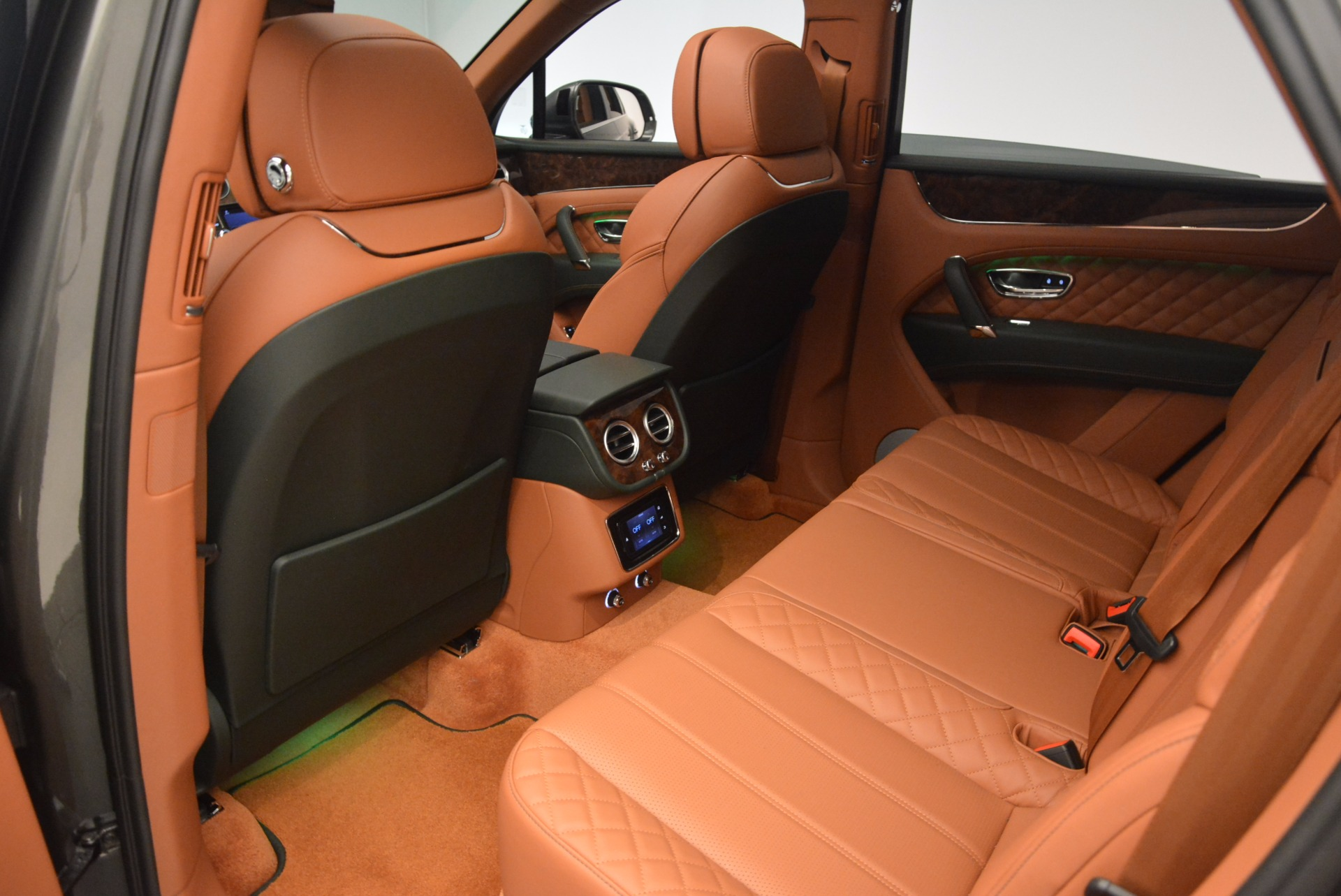 New 2018 Bentley Bentayga  For Sale In Greenwich, CT 1363_p32