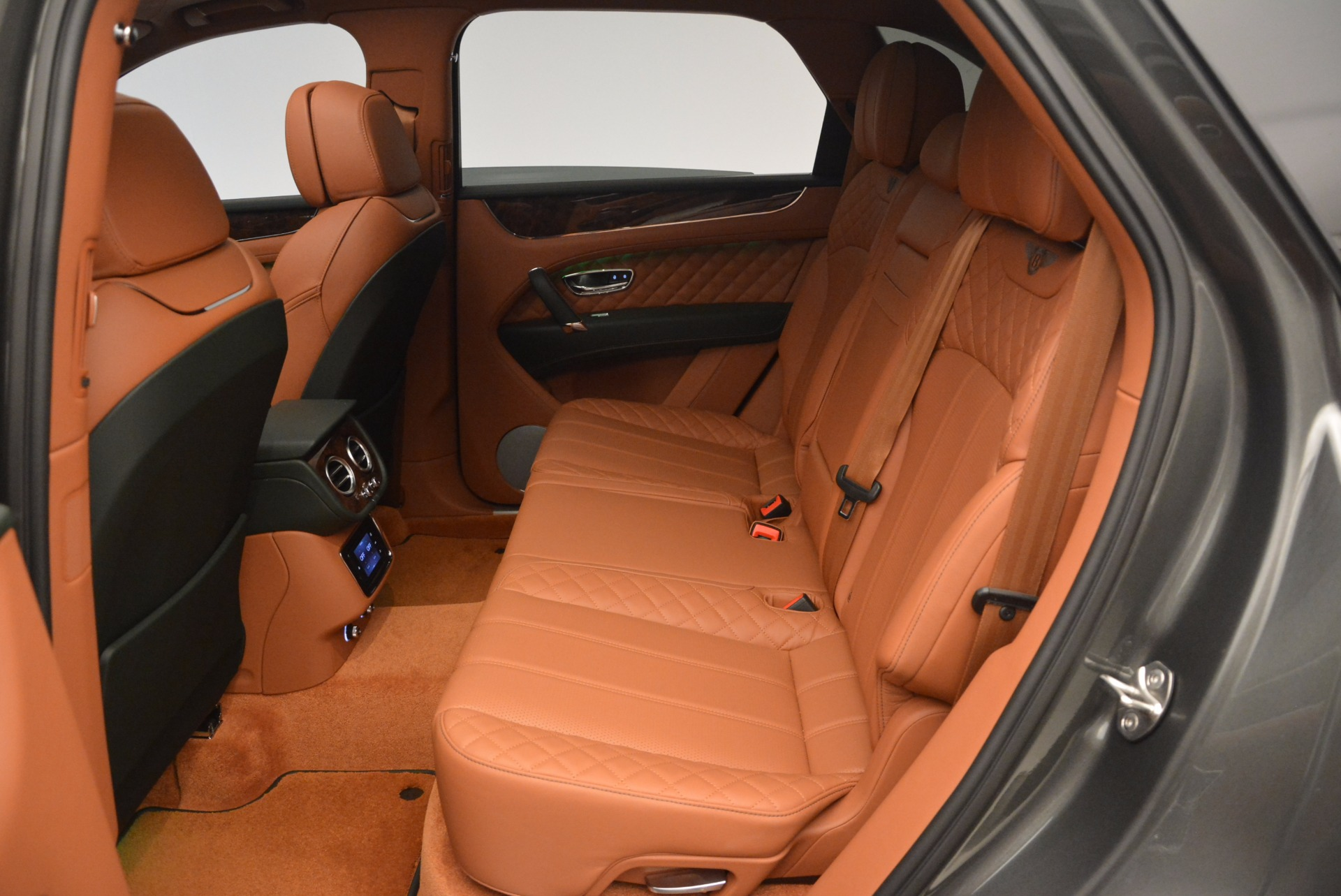 New 2018 Bentley Bentayga  For Sale In Greenwich, CT 1363_p33