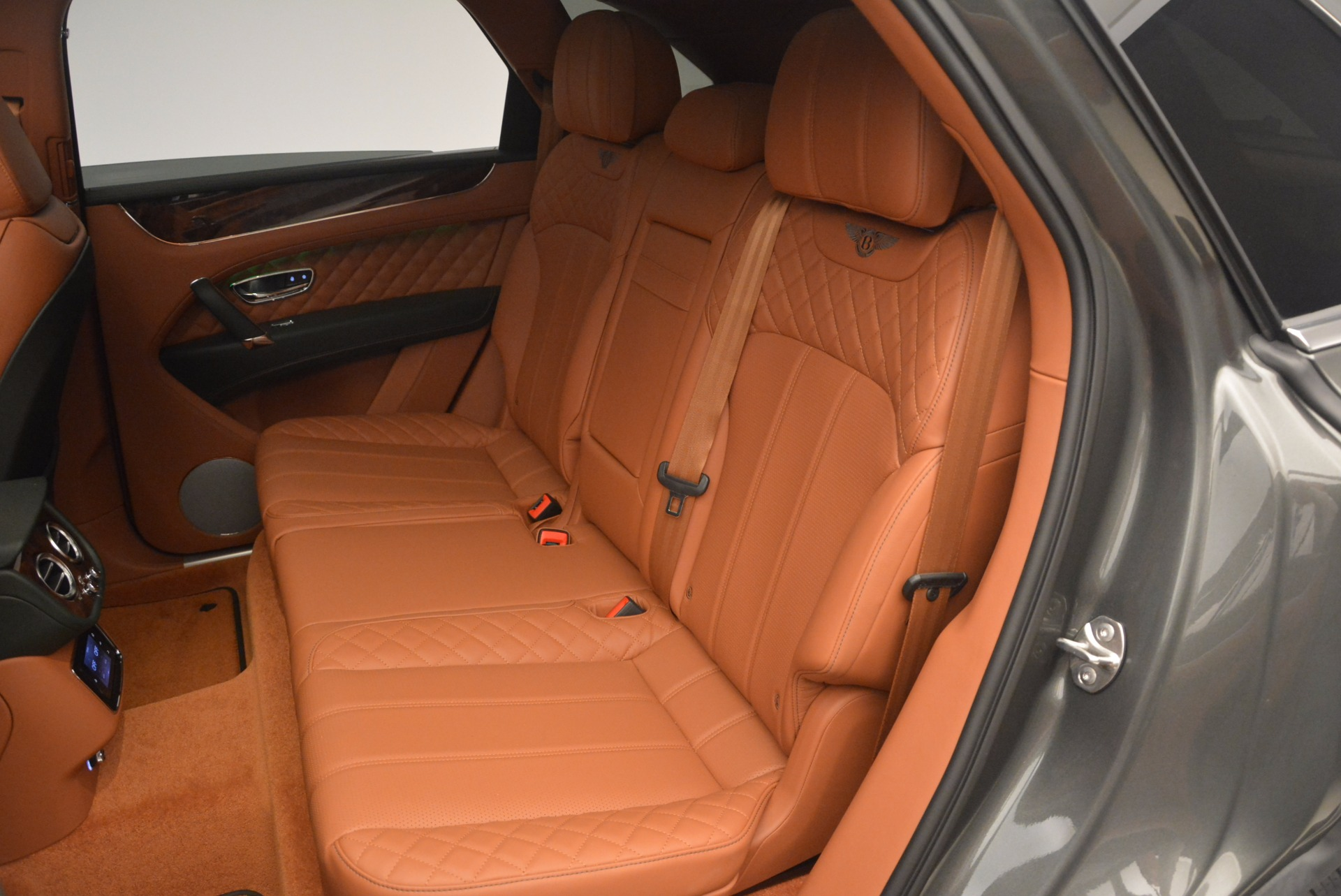 New 2018 Bentley Bentayga  For Sale In Greenwich, CT 1363_p34