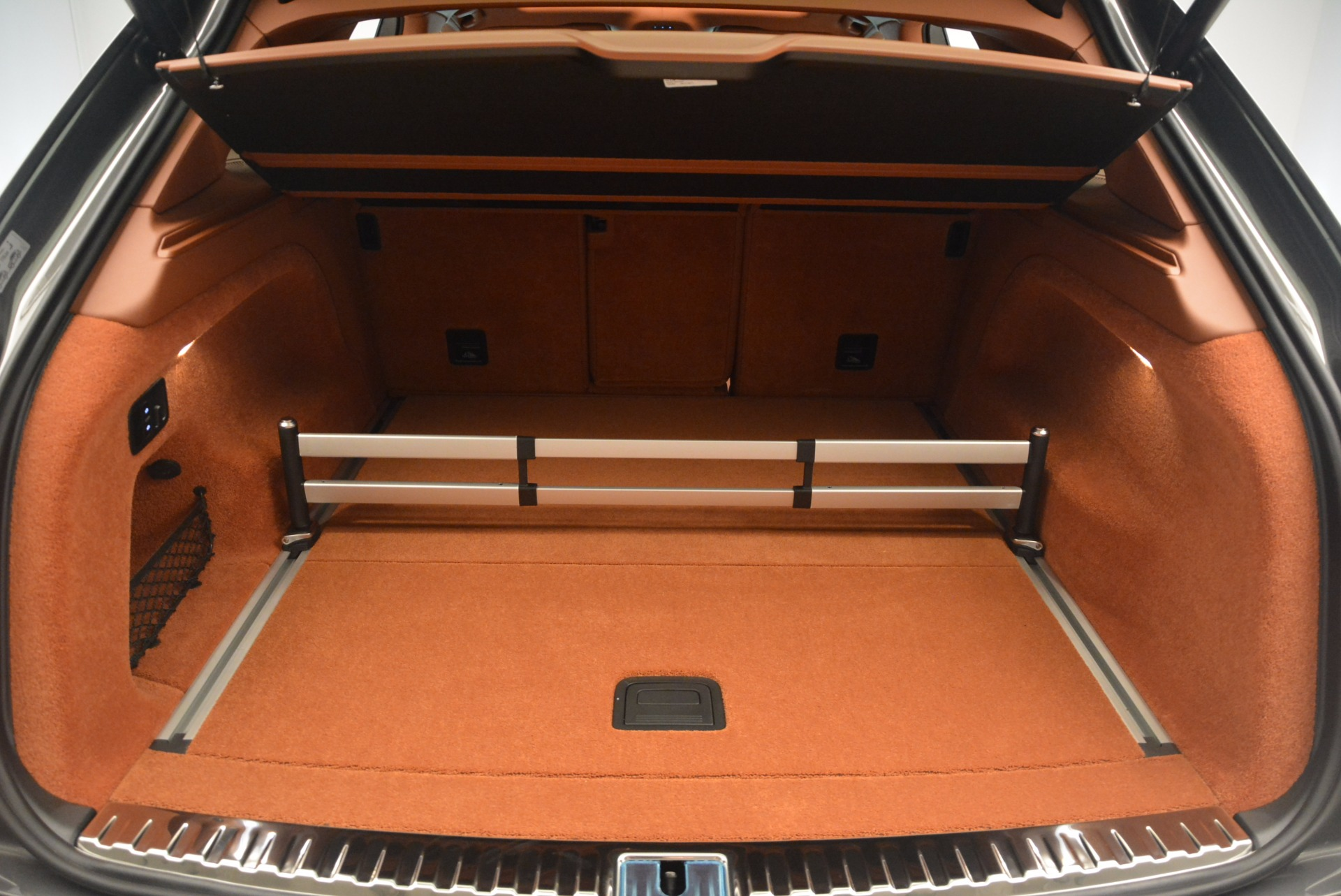 New 2018 Bentley Bentayga  For Sale In Greenwich, CT 1363_p35
