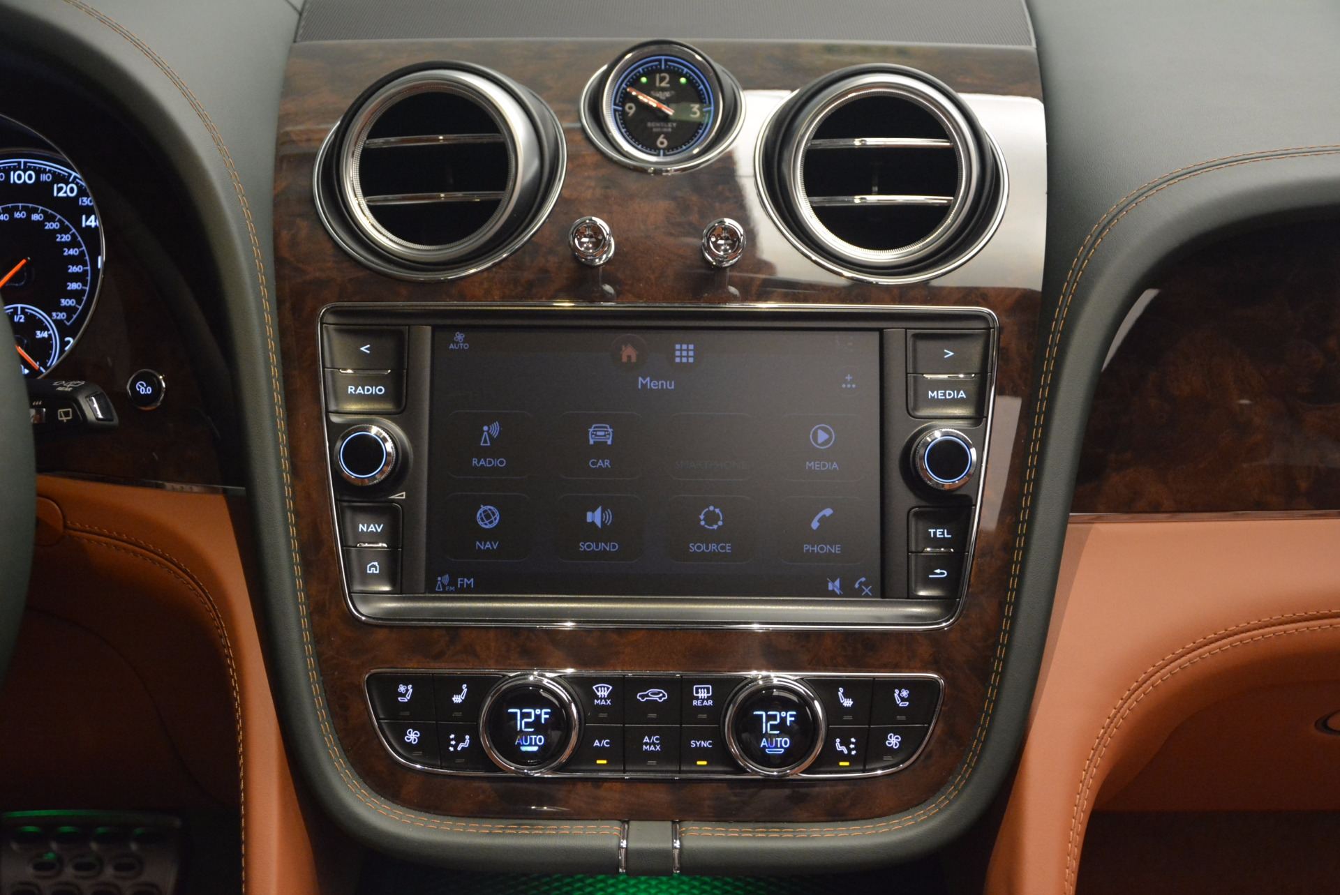 New 2018 Bentley Bentayga  For Sale In Greenwich, CT 1363_p51