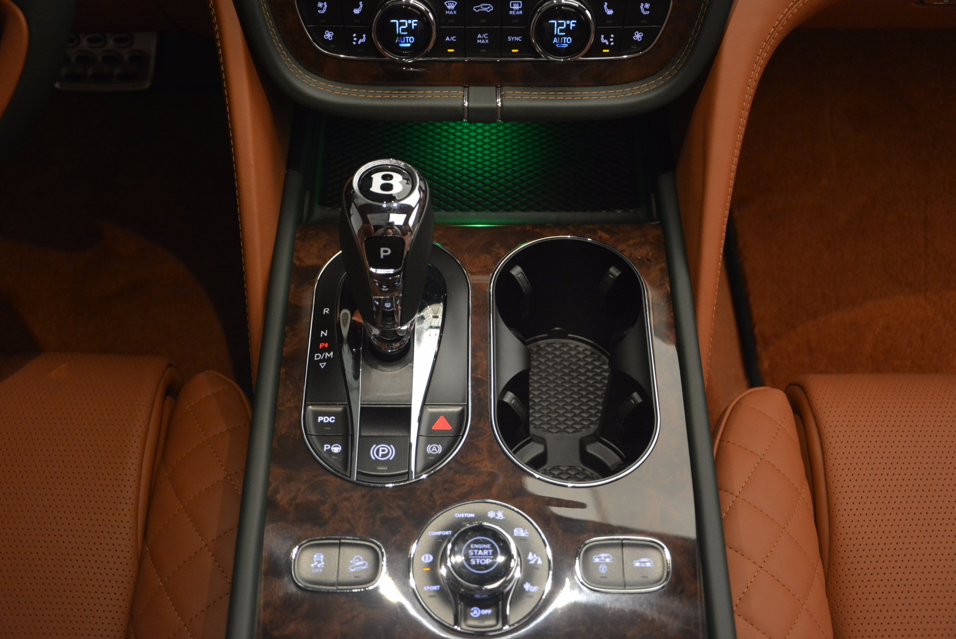 New 2018 Bentley Bentayga  For Sale In Greenwich, CT 1363_p53