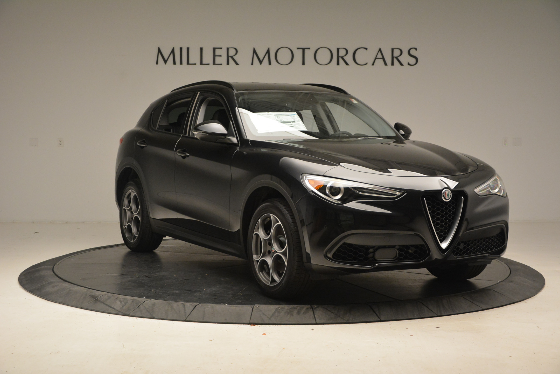 New 2018 Alfa Romeo Stelvio Sport Q4 For Sale In Greenwich, CT 1369_p11