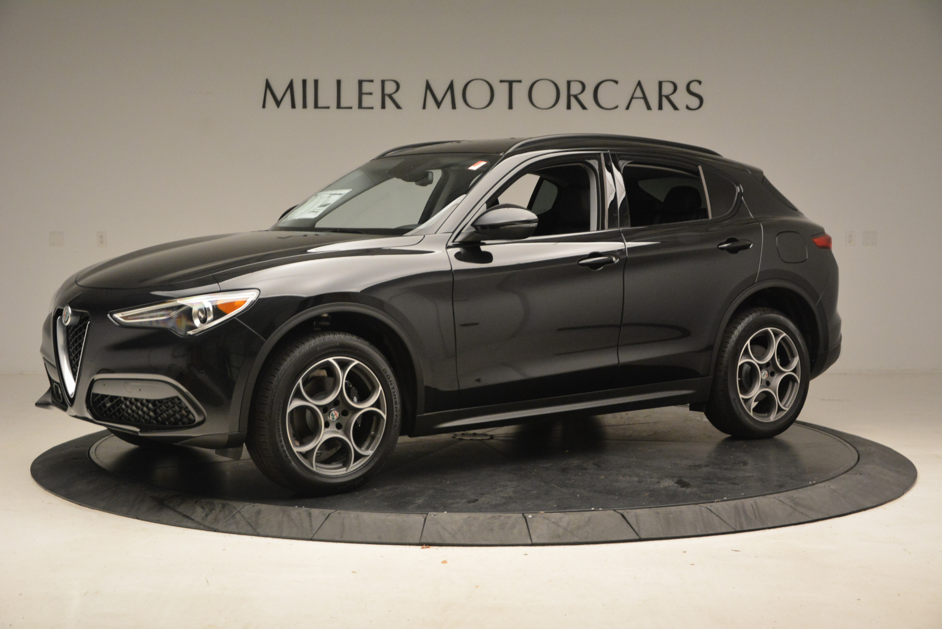 New 2018 Alfa Romeo Stelvio Sport Q4 For Sale In Greenwich, CT 1369_p2