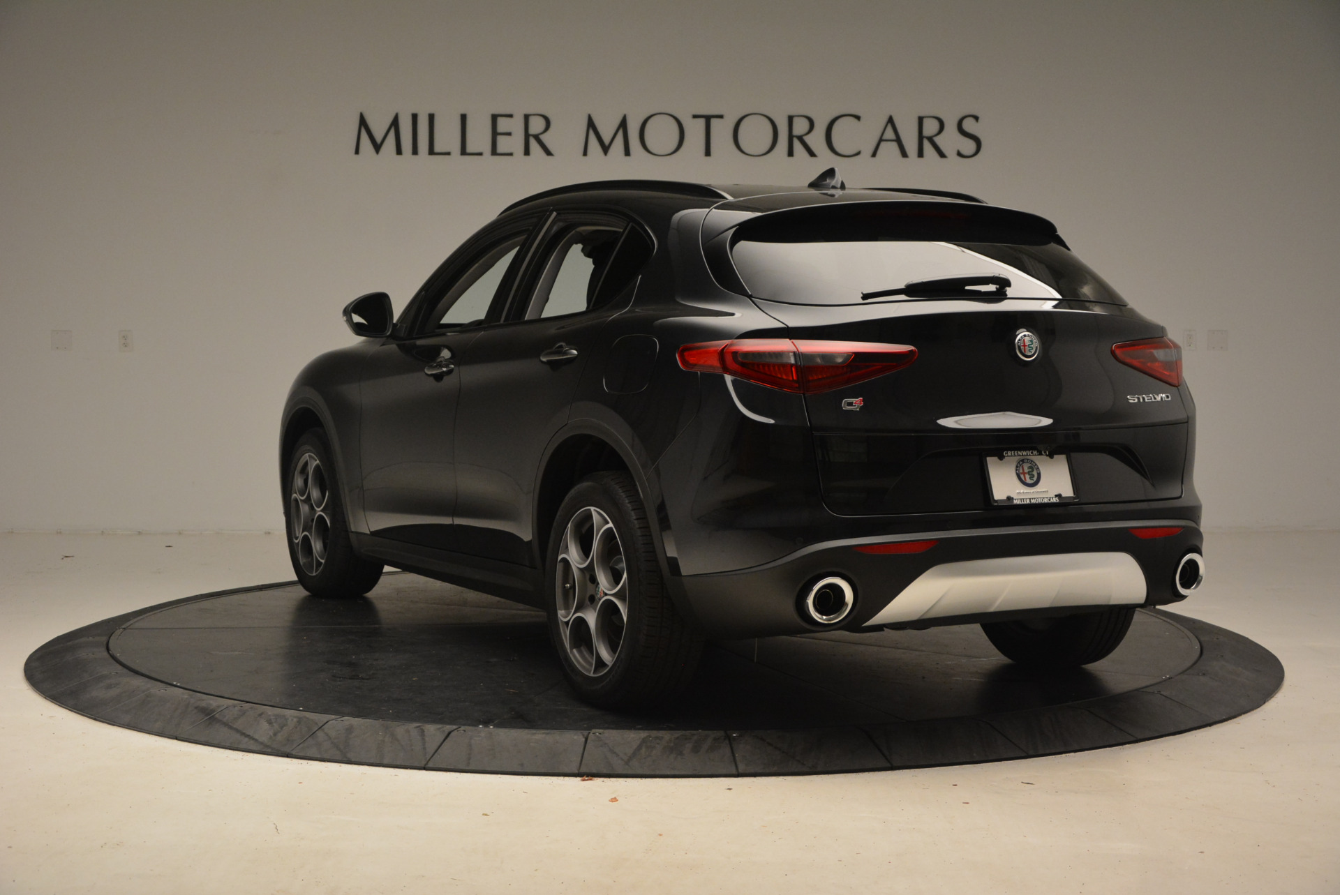 New 2018 Alfa Romeo Stelvio Sport Q4 For Sale In Greenwich, CT 1369_p5