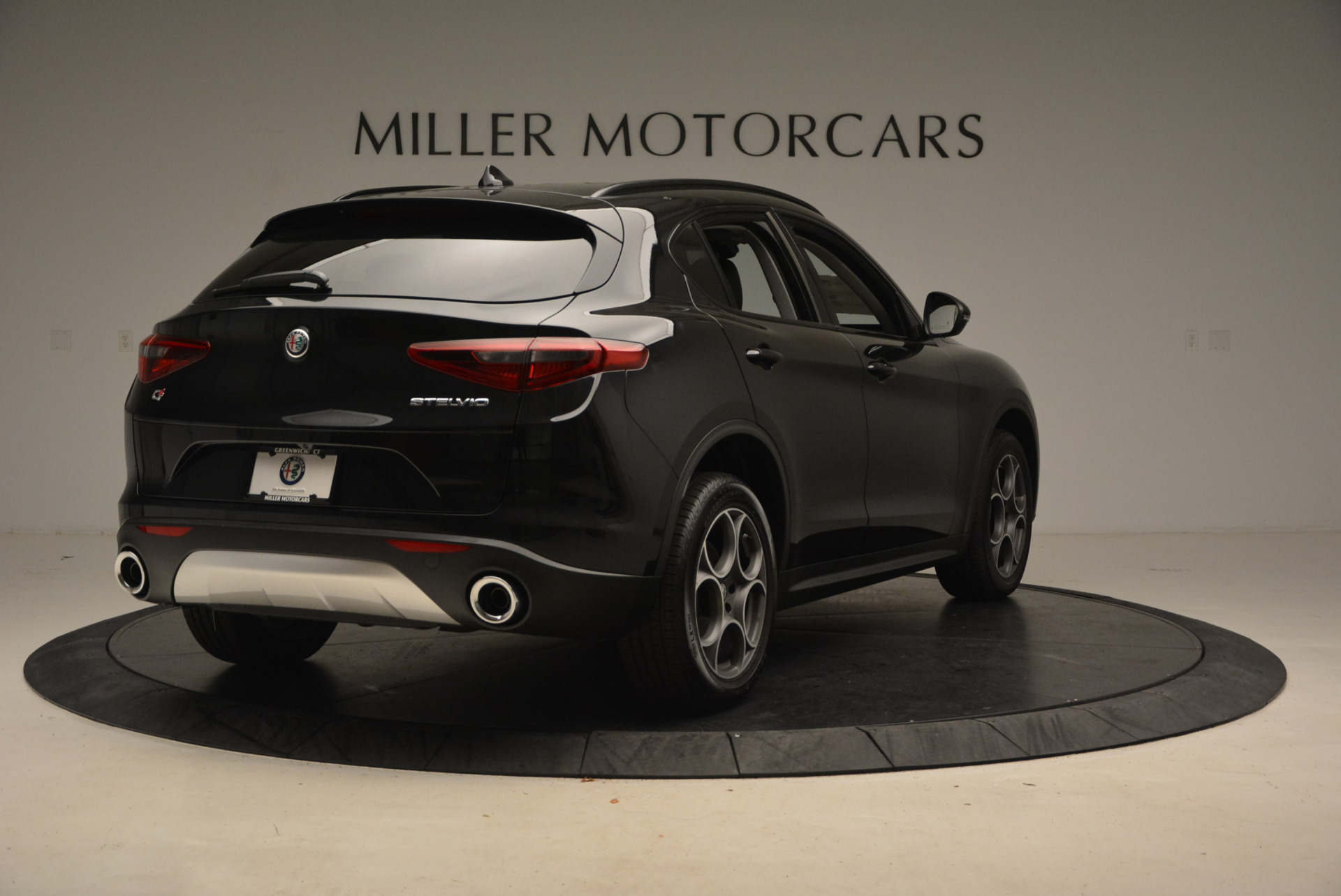 New 2018 Alfa Romeo Stelvio Sport Q4 For Sale In Greenwich, CT 1369_p7