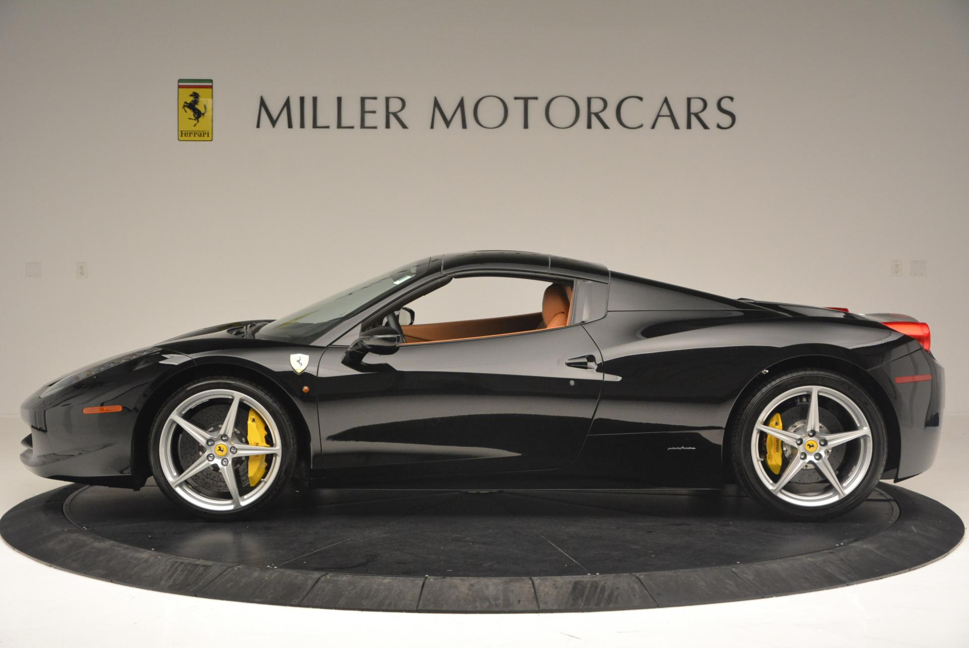 Used 2015 Ferrari 458 Spider  For Sale In Greenwich, CT 137_p15