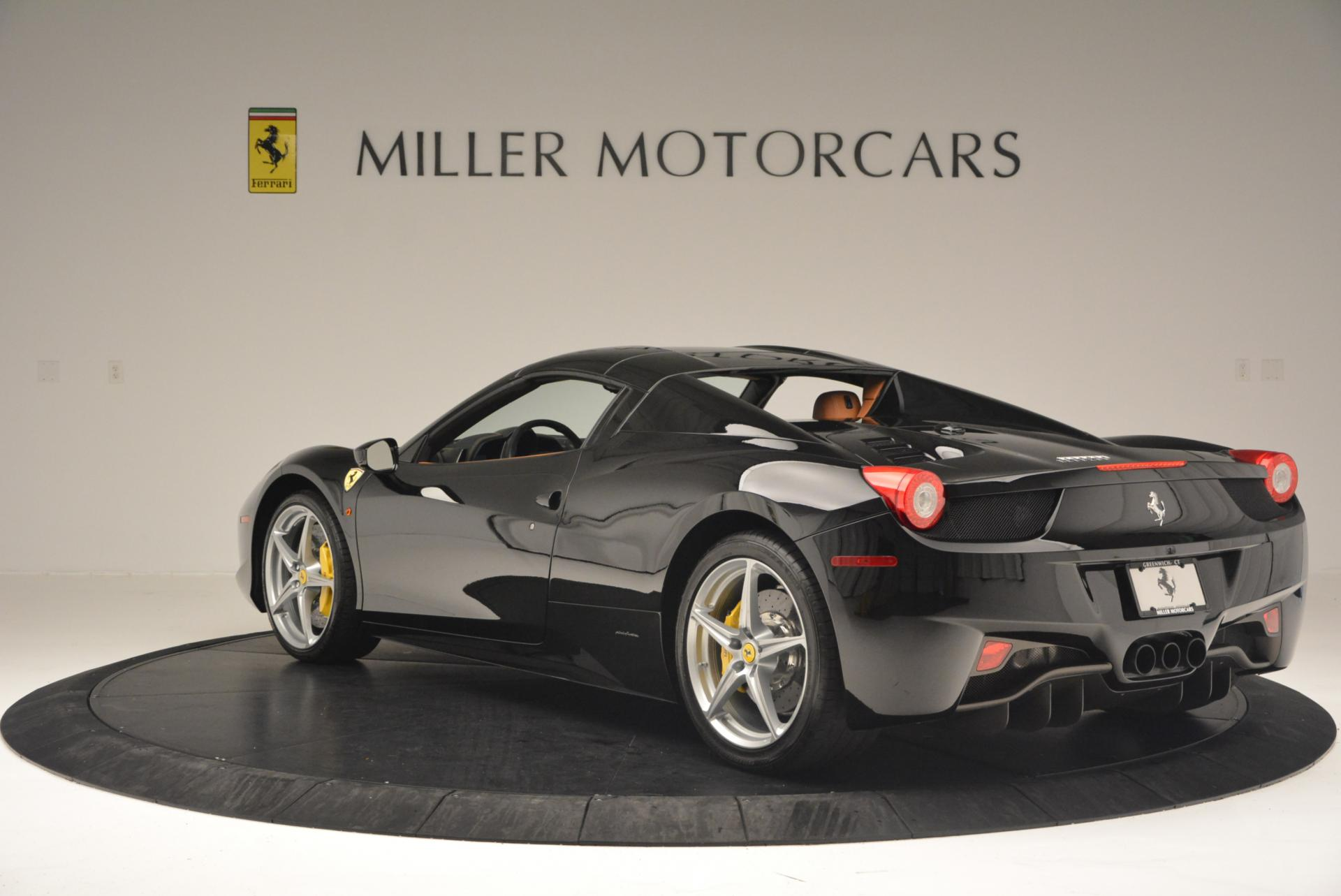 Used 2015 Ferrari 458 Spider  For Sale In Greenwich, CT 137_p17