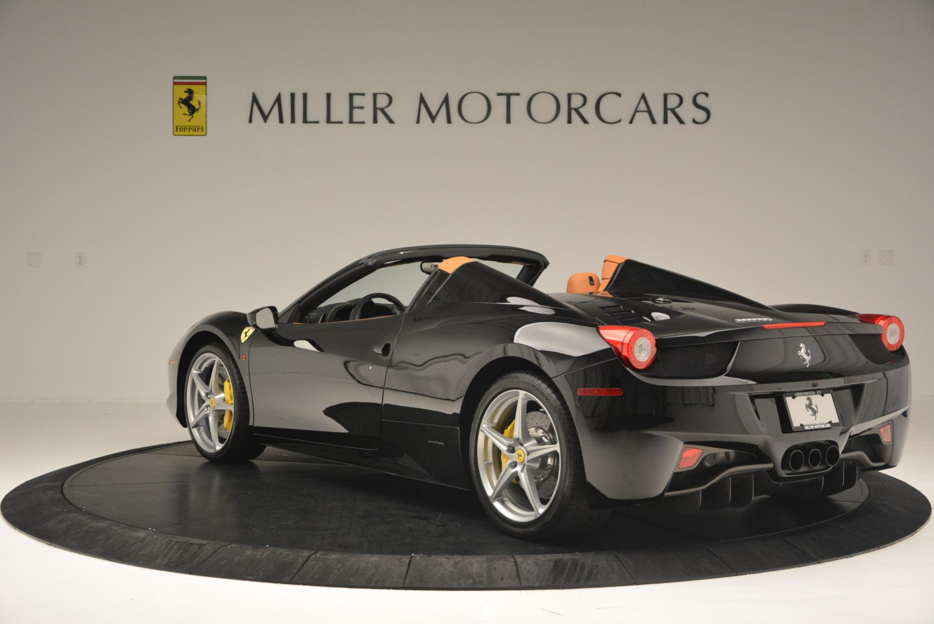 Used 2015 Ferrari 458 Spider  For Sale In Greenwich, CT 137_p5