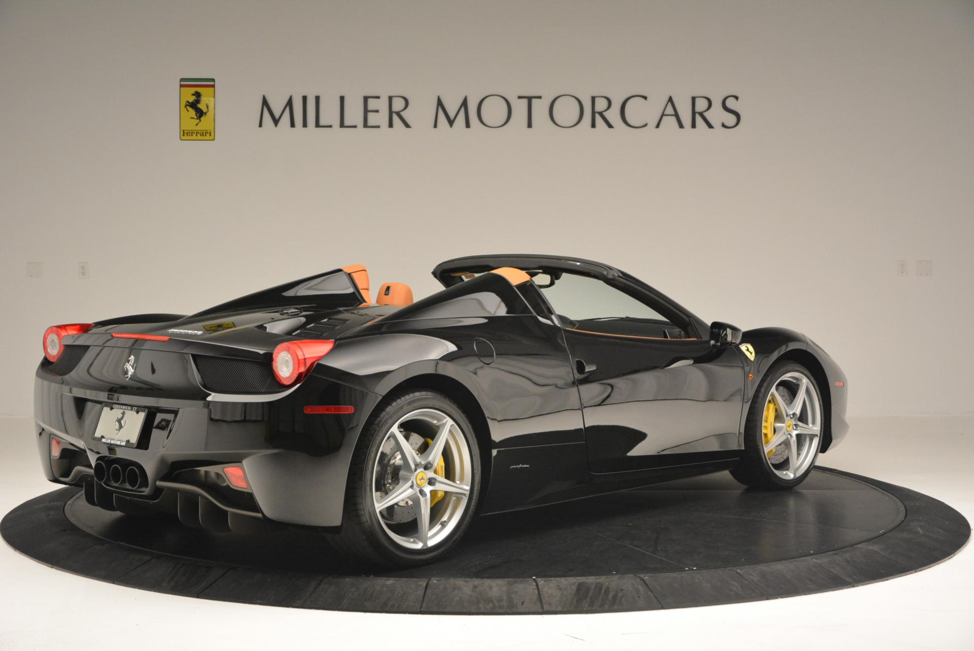 Used 2015 Ferrari 458 Spider  For Sale In Greenwich, CT 137_p8