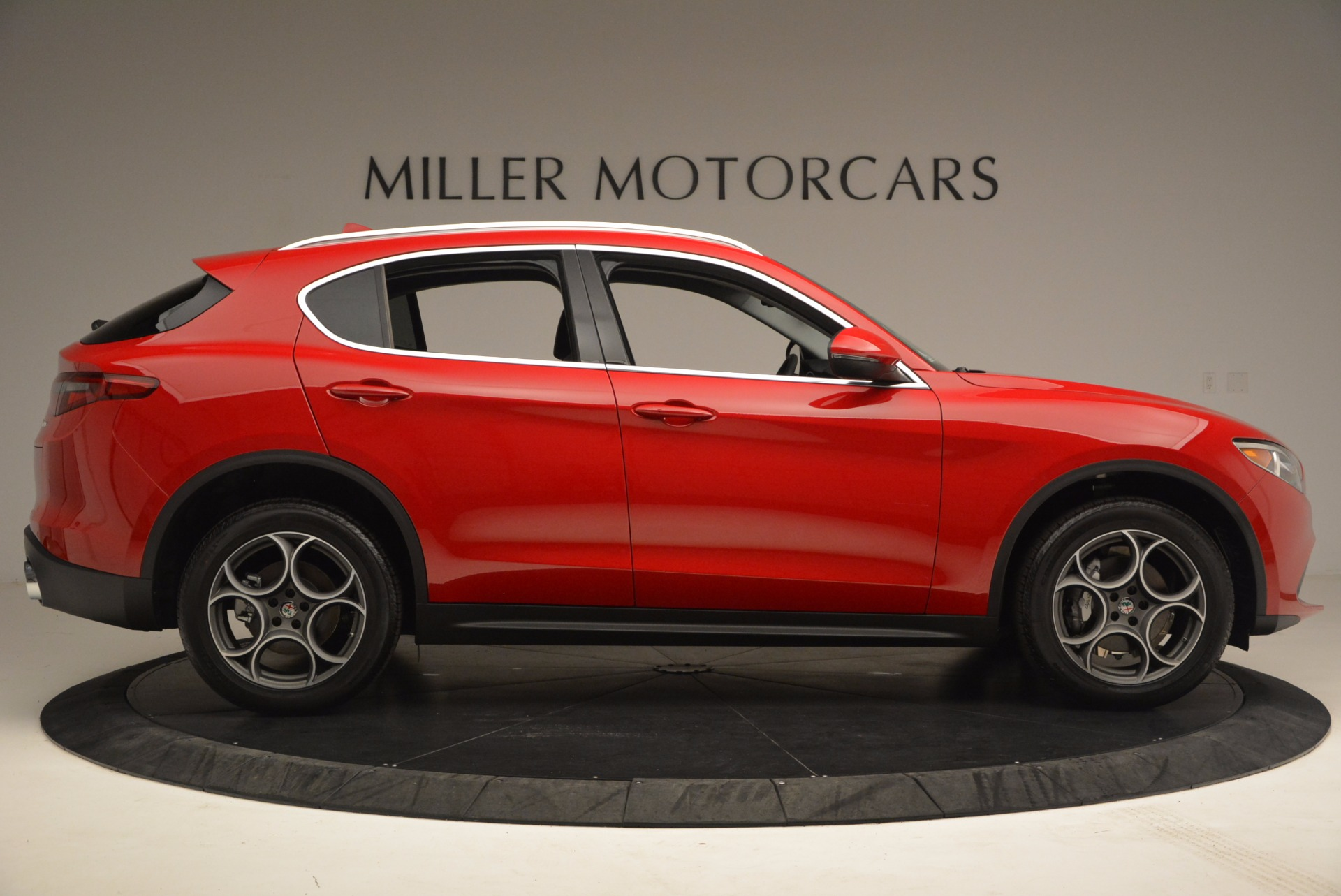 New 2018 Alfa Romeo Stelvio  For Sale In Greenwich, CT 1379_p9