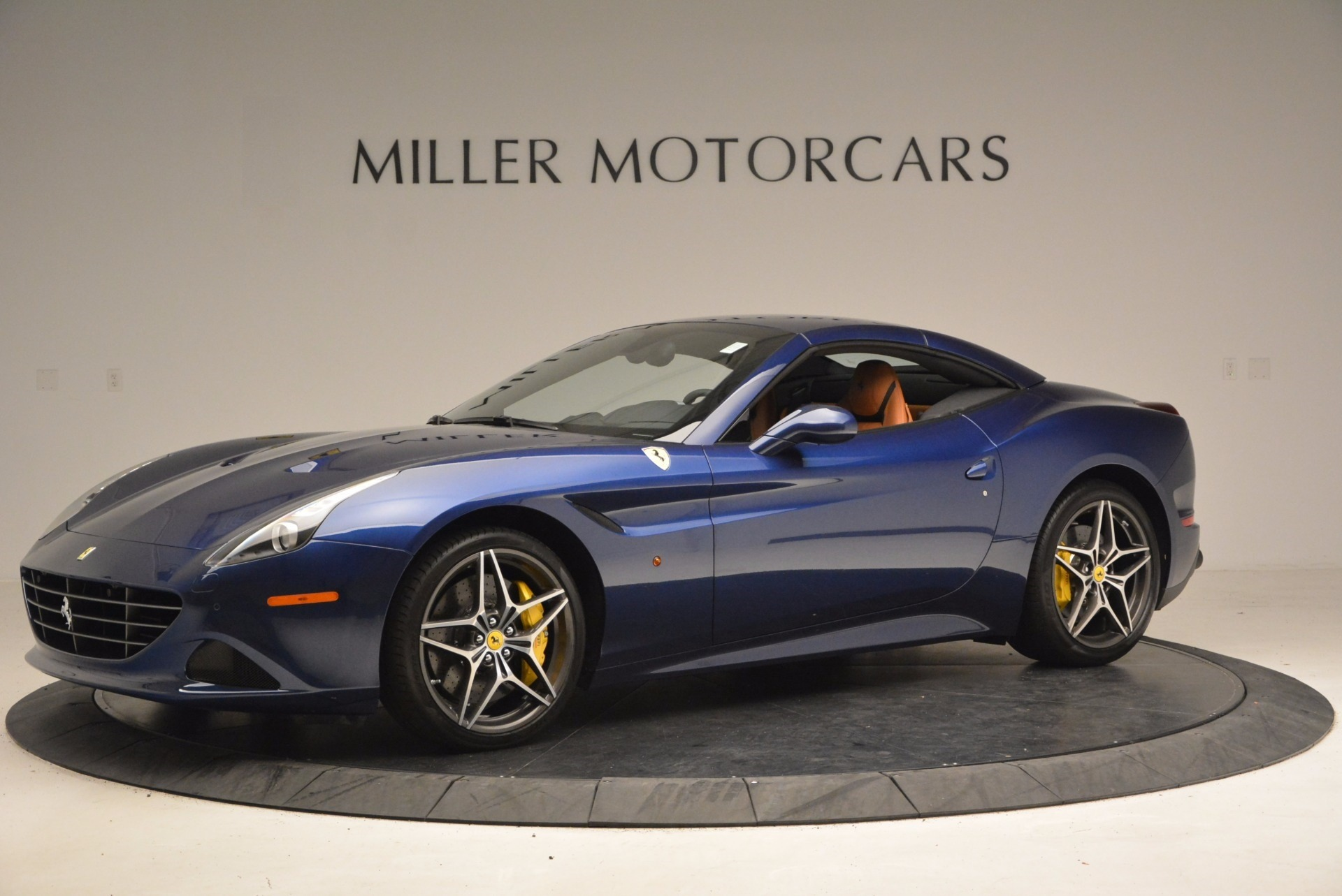 Used 2017 Ferrari California T Handling Speciale For Sale In Greenwich, CT 1394_p14