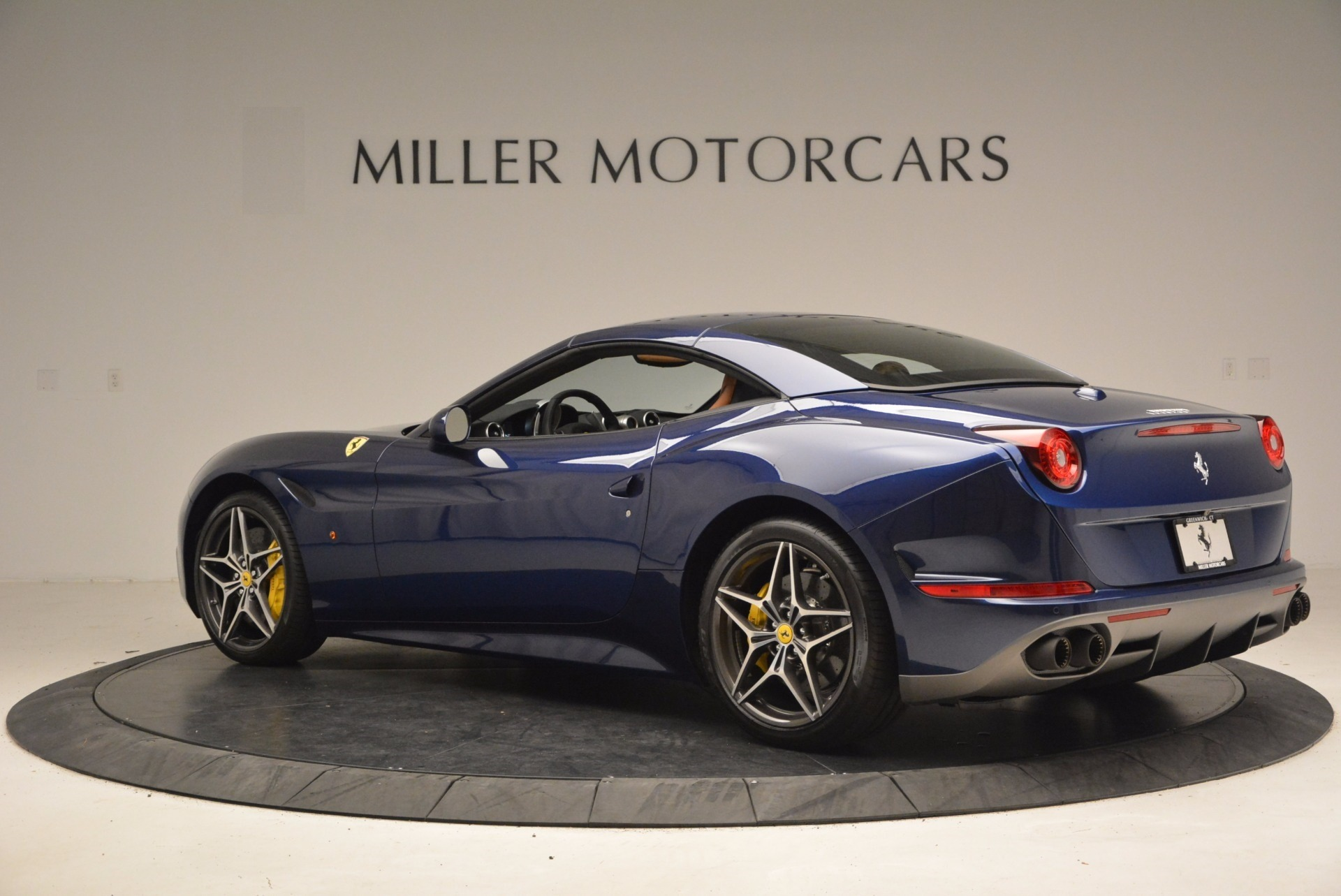 Used 2017 Ferrari California T Handling Speciale For Sale In Greenwich, CT 1394_p16