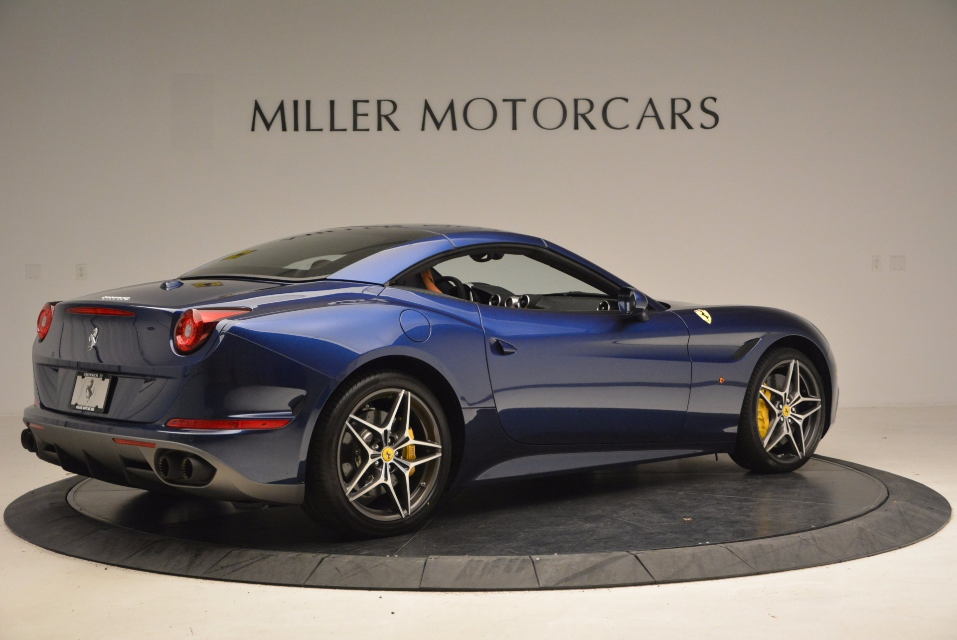 Used 2017 Ferrari California T Handling Speciale For Sale In Greenwich, CT 1394_p20