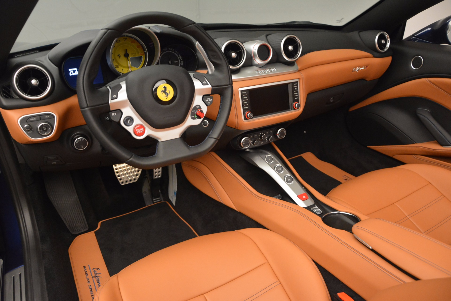 Used 2017 Ferrari California T Handling Speciale For Sale In Greenwich, CT 1394_p25