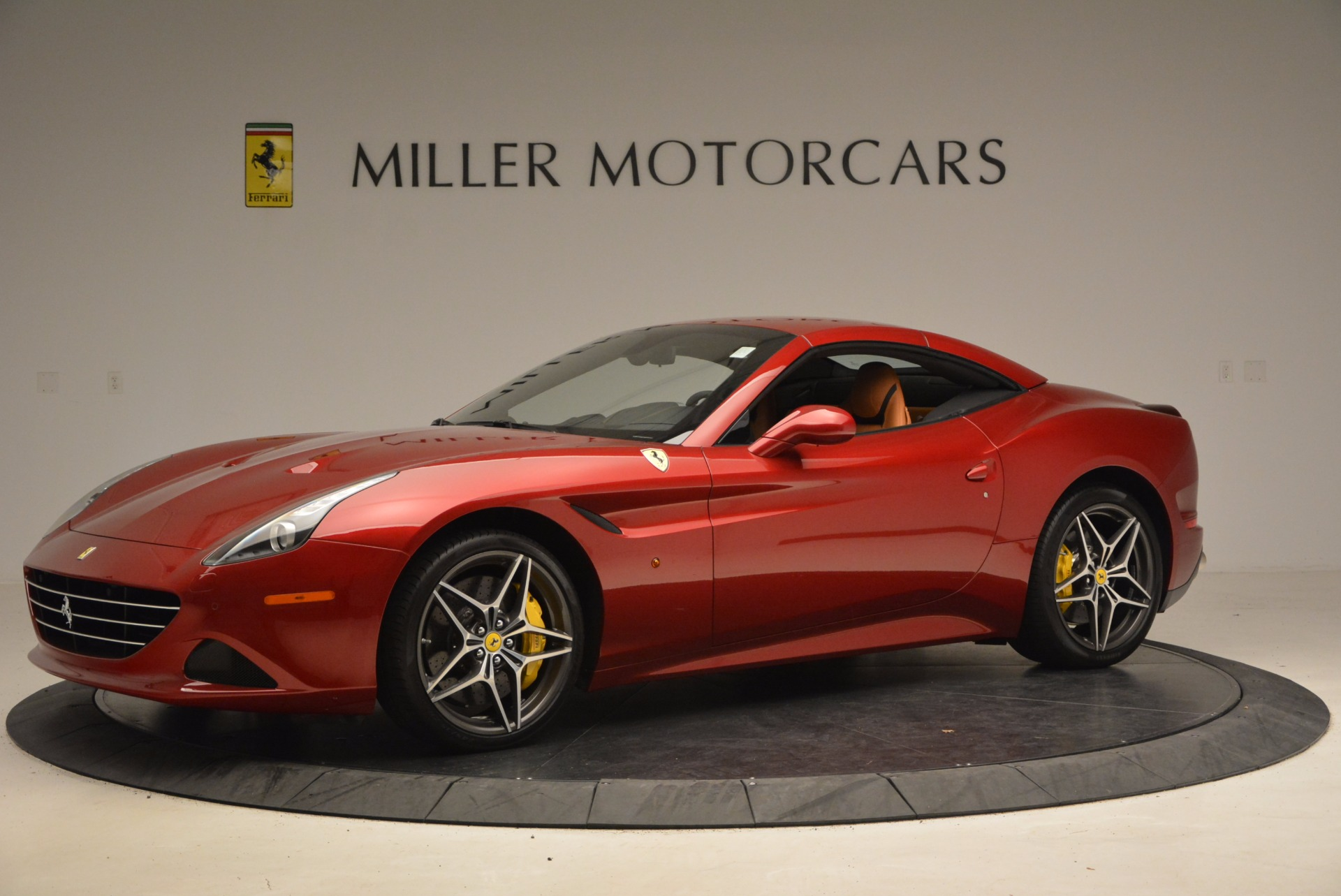 Used 2017 Ferrari California T  For Sale In Greenwich, CT 1395_p14