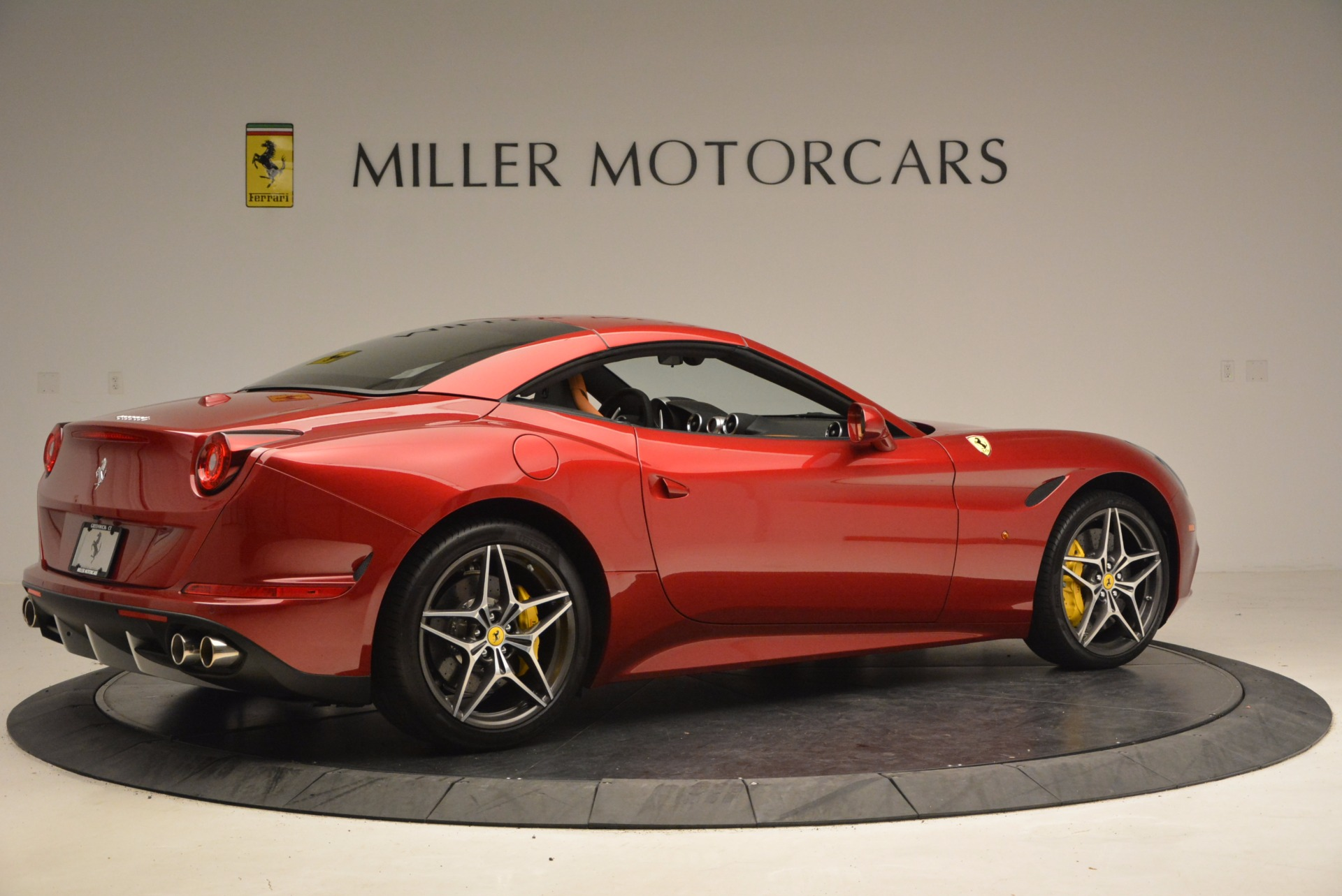 Used 2017 Ferrari California T  For Sale In Greenwich, CT 1395_p20