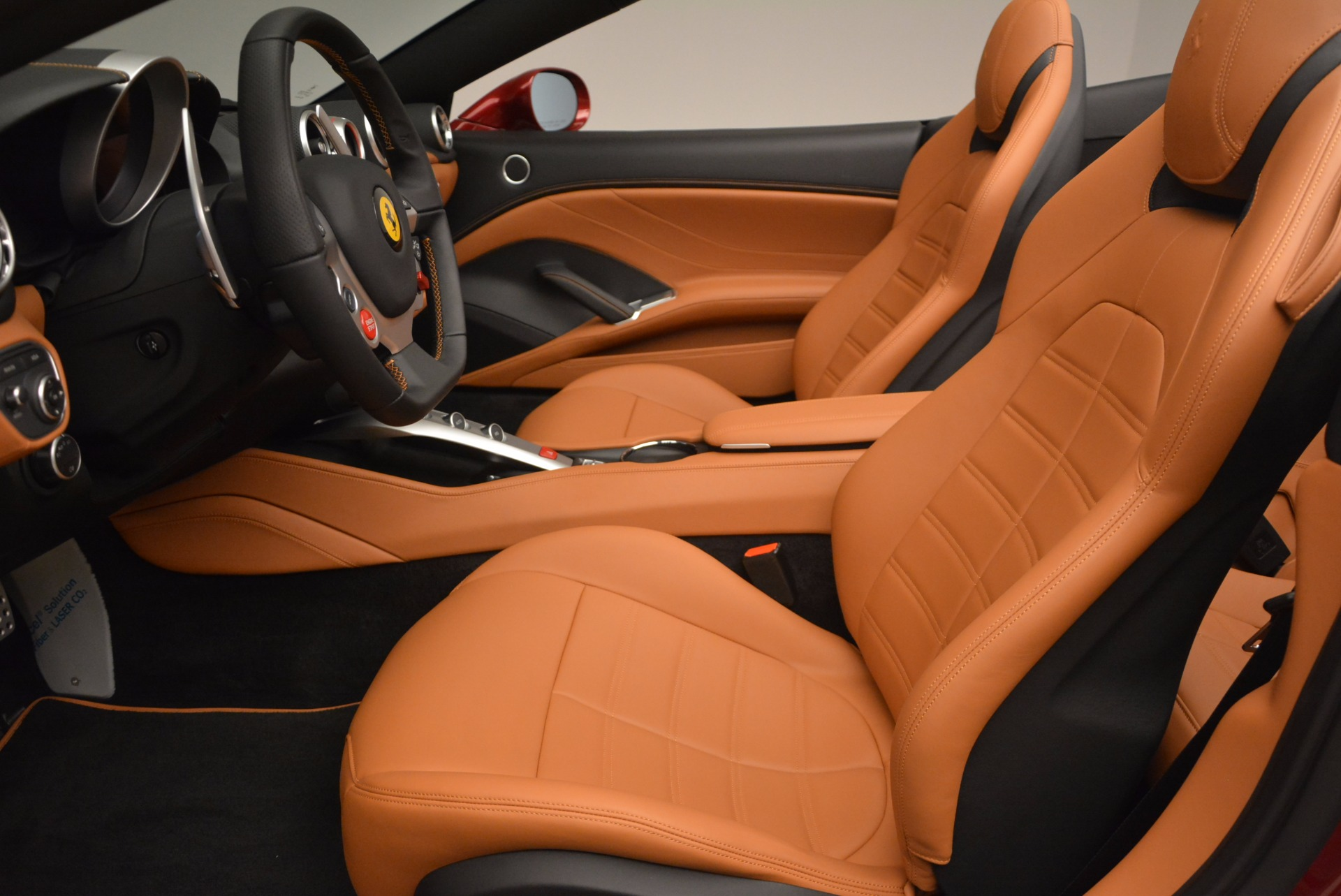 Used 2017 Ferrari California T  For Sale In Greenwich, CT 1395_p26
