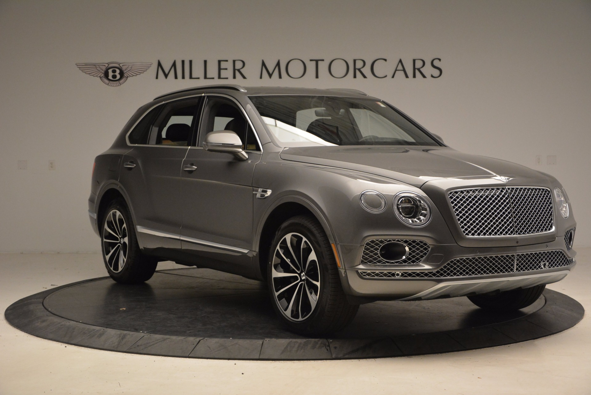 New 2018 Bentley Bentayga Activity Edition-Now with seating for 7!!! For Sale In Greenwich, CT 1396_p12